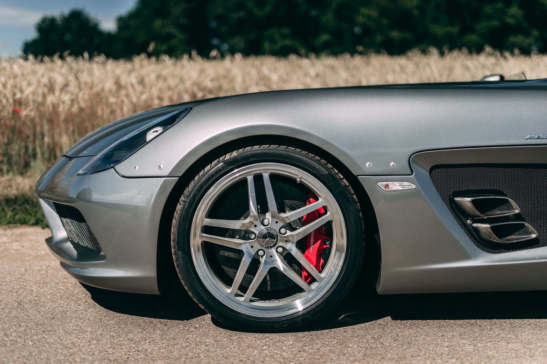 2009-Mercedes-Benz-SLR-McLaren-Stirling-Moss-_19