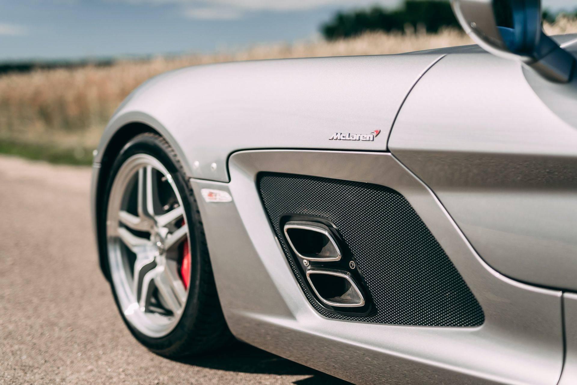 2009-Mercedes-Benz-SLR-McLaren-Stirling-Moss-_6