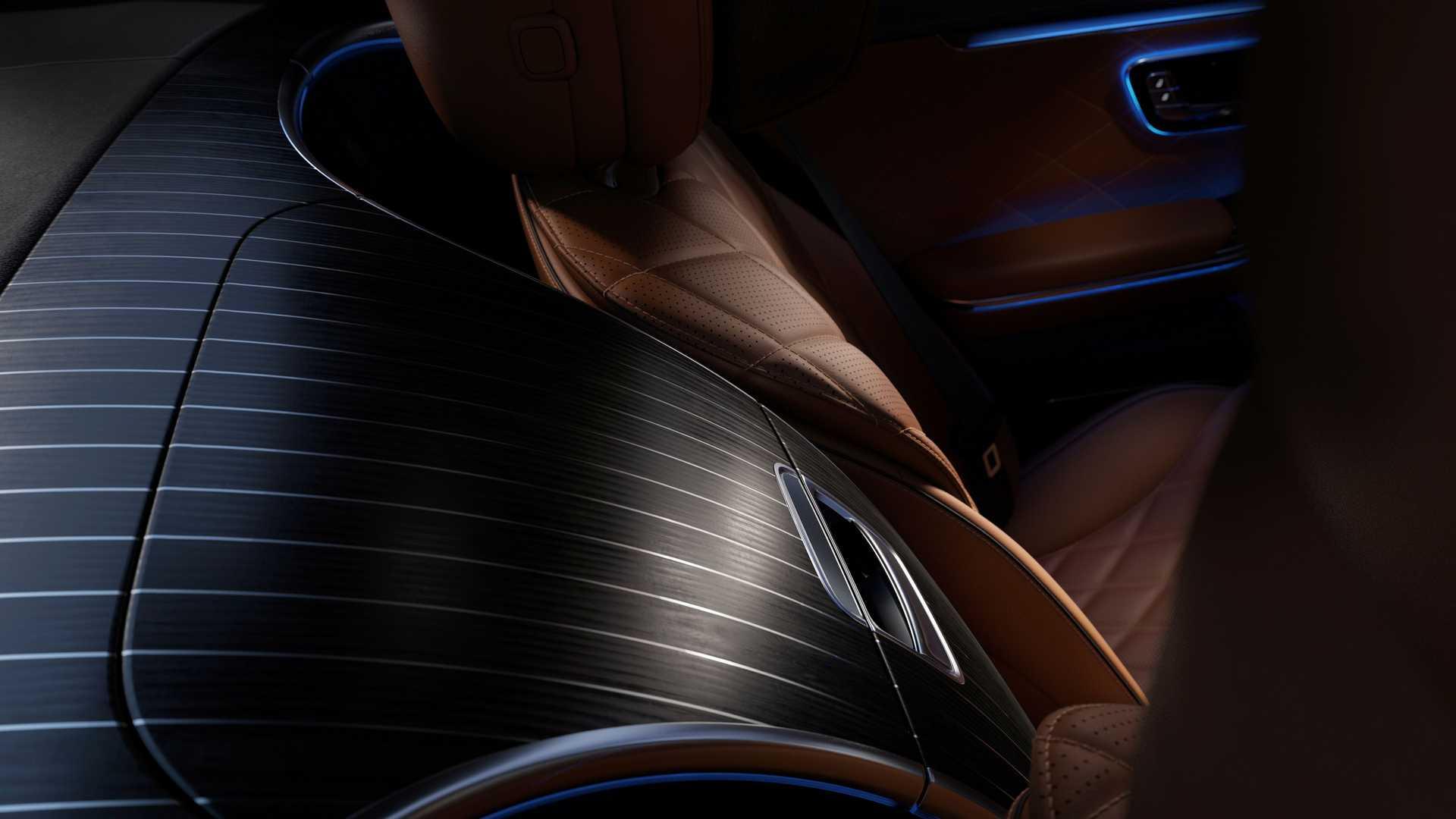 2021-mercedes-benz-s-class-ambient-lighting-3