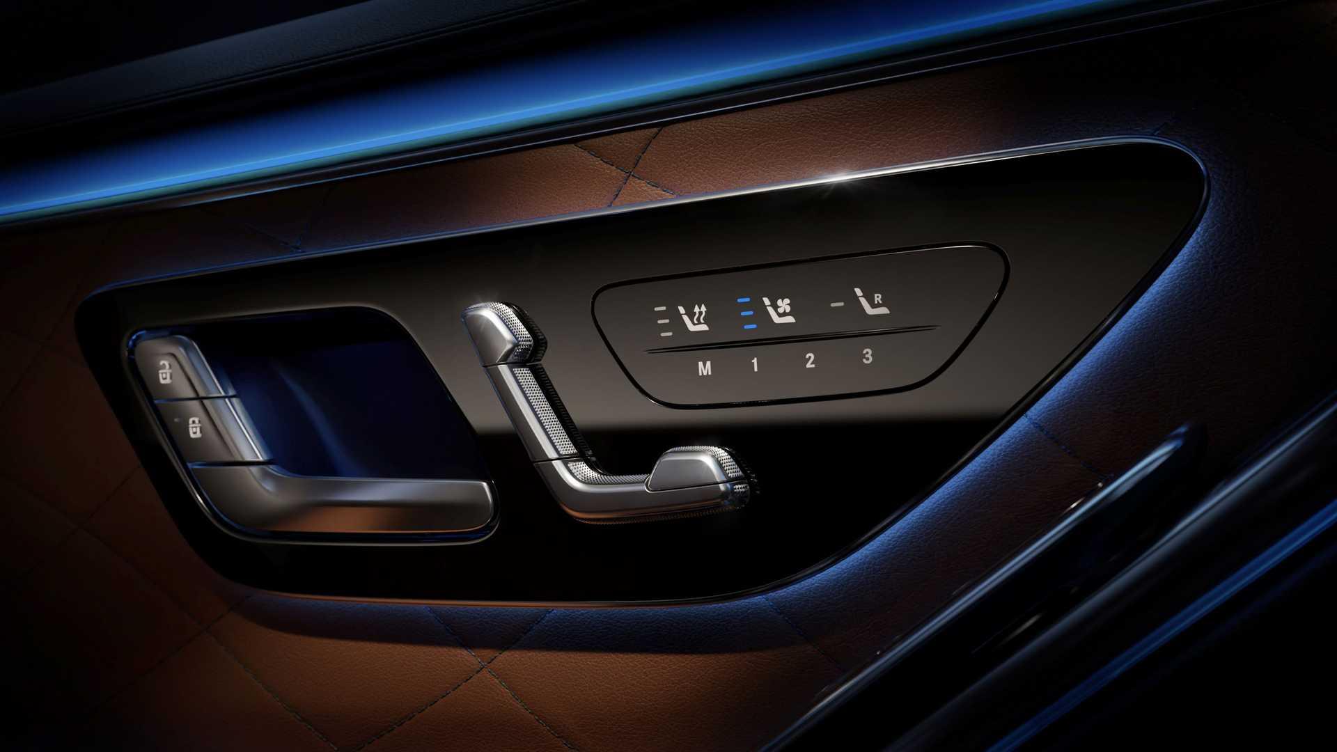 2021-mercedes-benz-s-class-ambient-lighting-4
