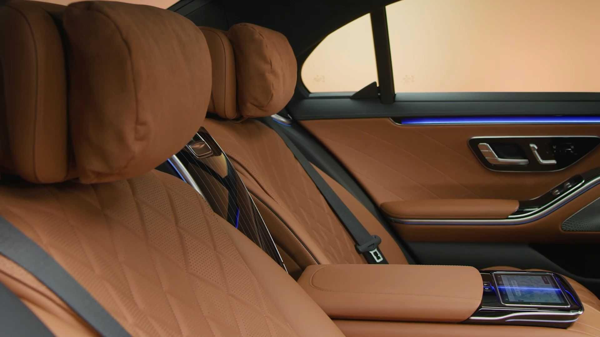 2021-mercedes-s-class-interior-1