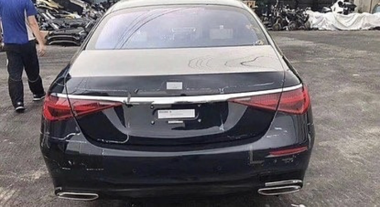 Mercedes-S-Class-leaked-2021-2