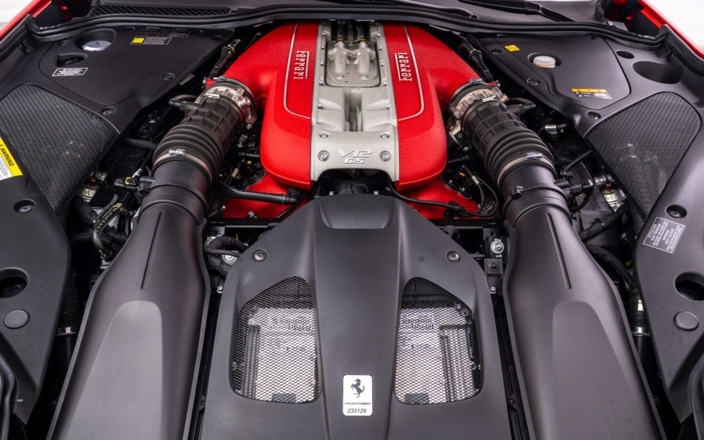 Fux-Ferrari-812-10-scaled