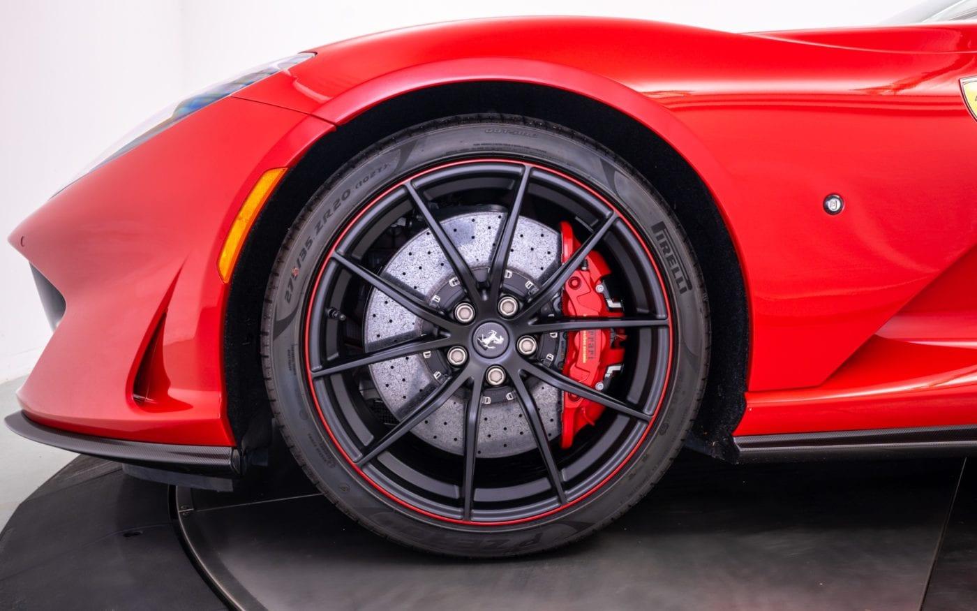 Fux-Ferrari-812-16-scaled