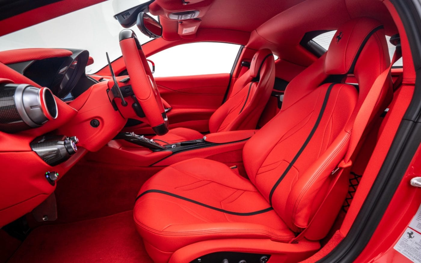 Fux-Ferrari-812-18-scaled