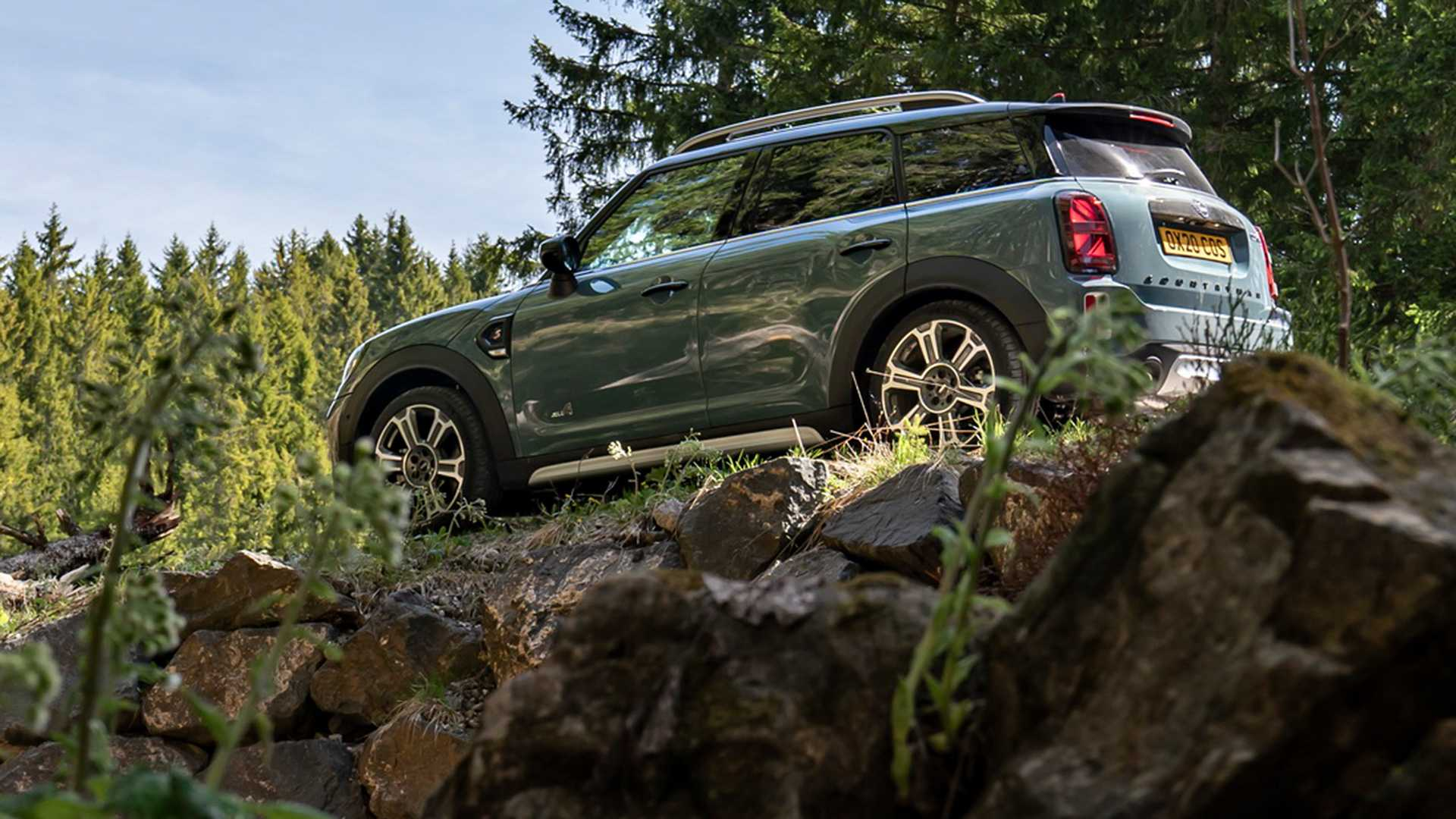 mini-cooper-s-countryman-all4-2020-4