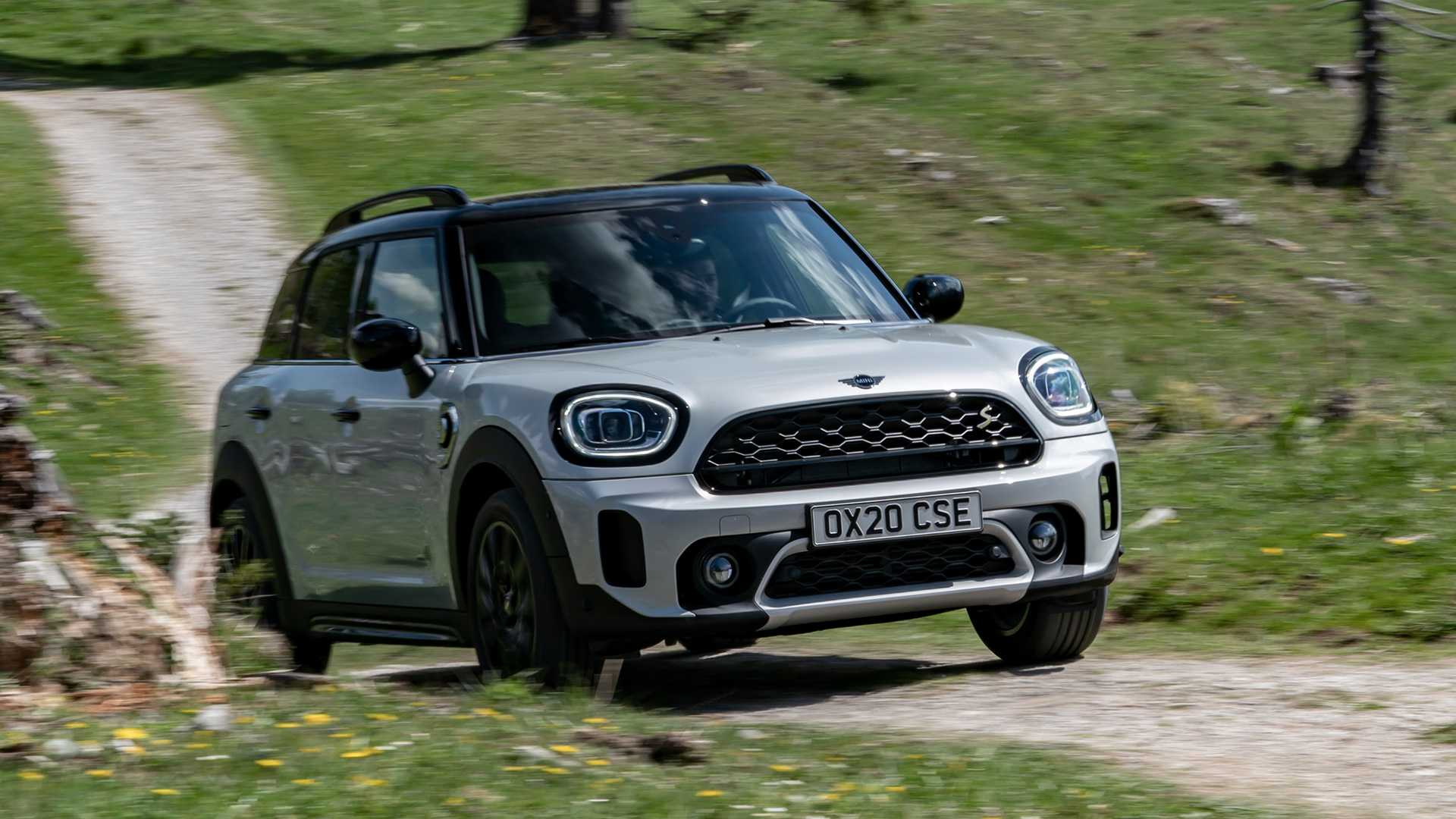 mini-cooper-se-countryman-all4-2020-3