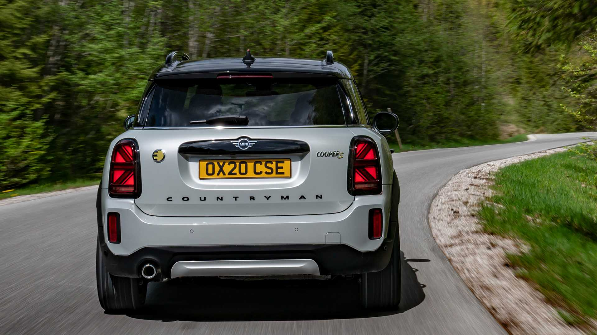 mini-cooper-se-countryman-all4-2020-4
