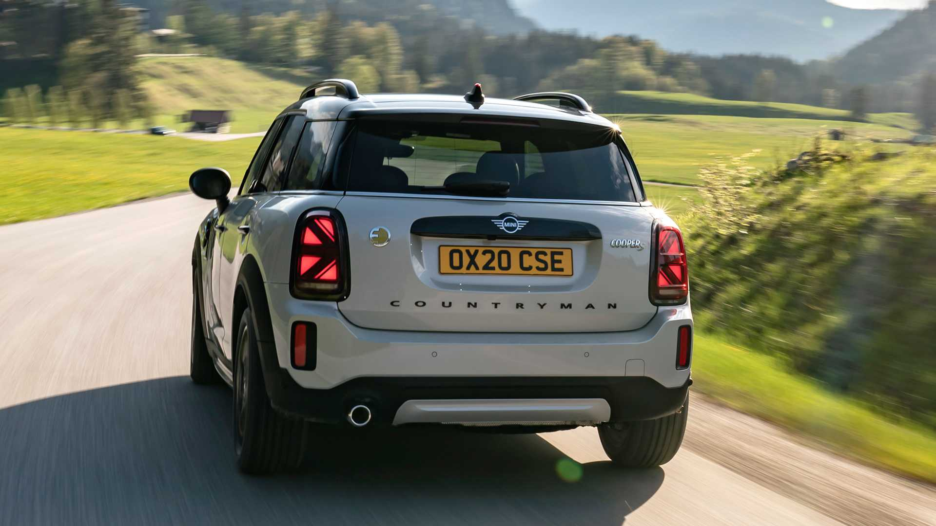 mini-cooper-se-countryman-all4-2020-6