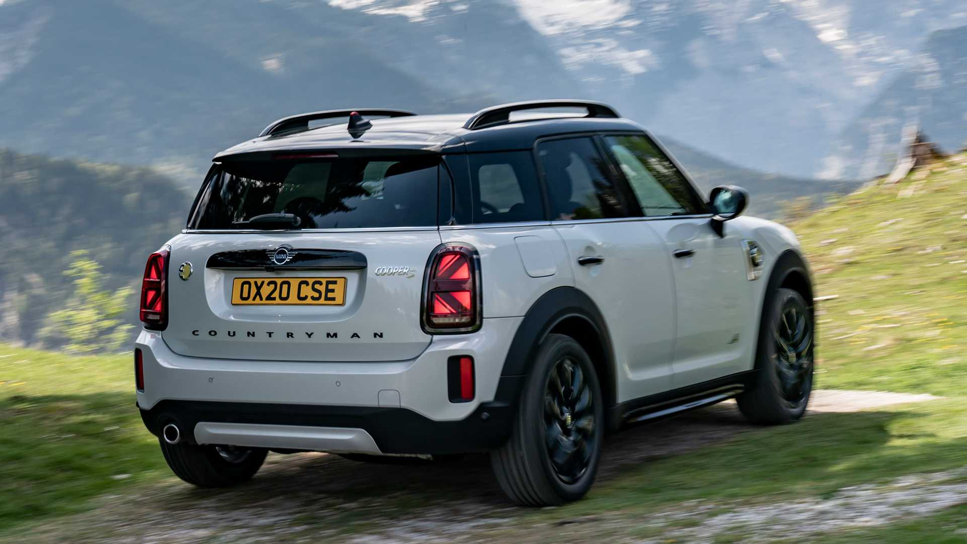 mini-cooper-se-countryman-all4-2020-7