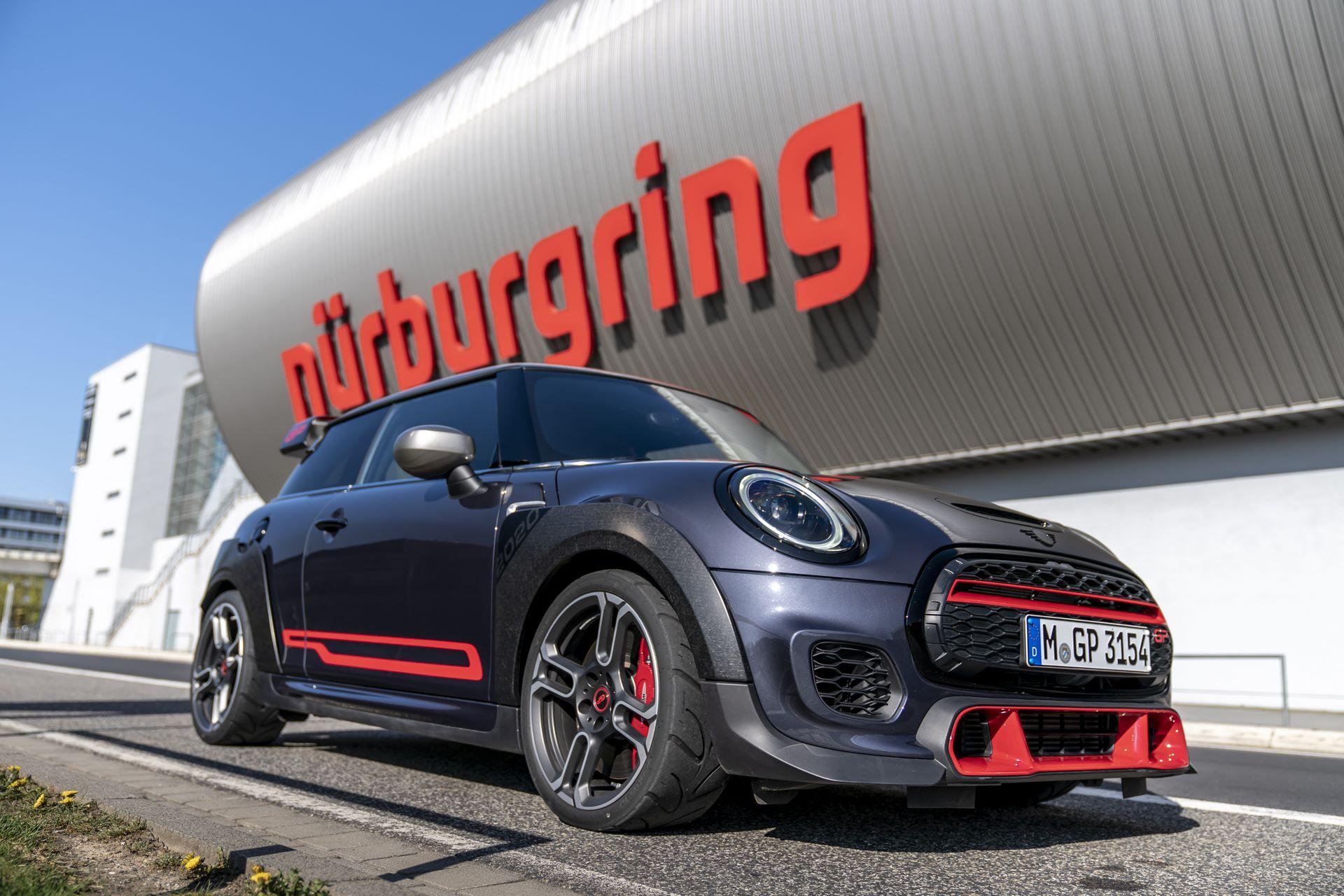 Mini-John-Cooper-Works-GP-Nurburgring-1