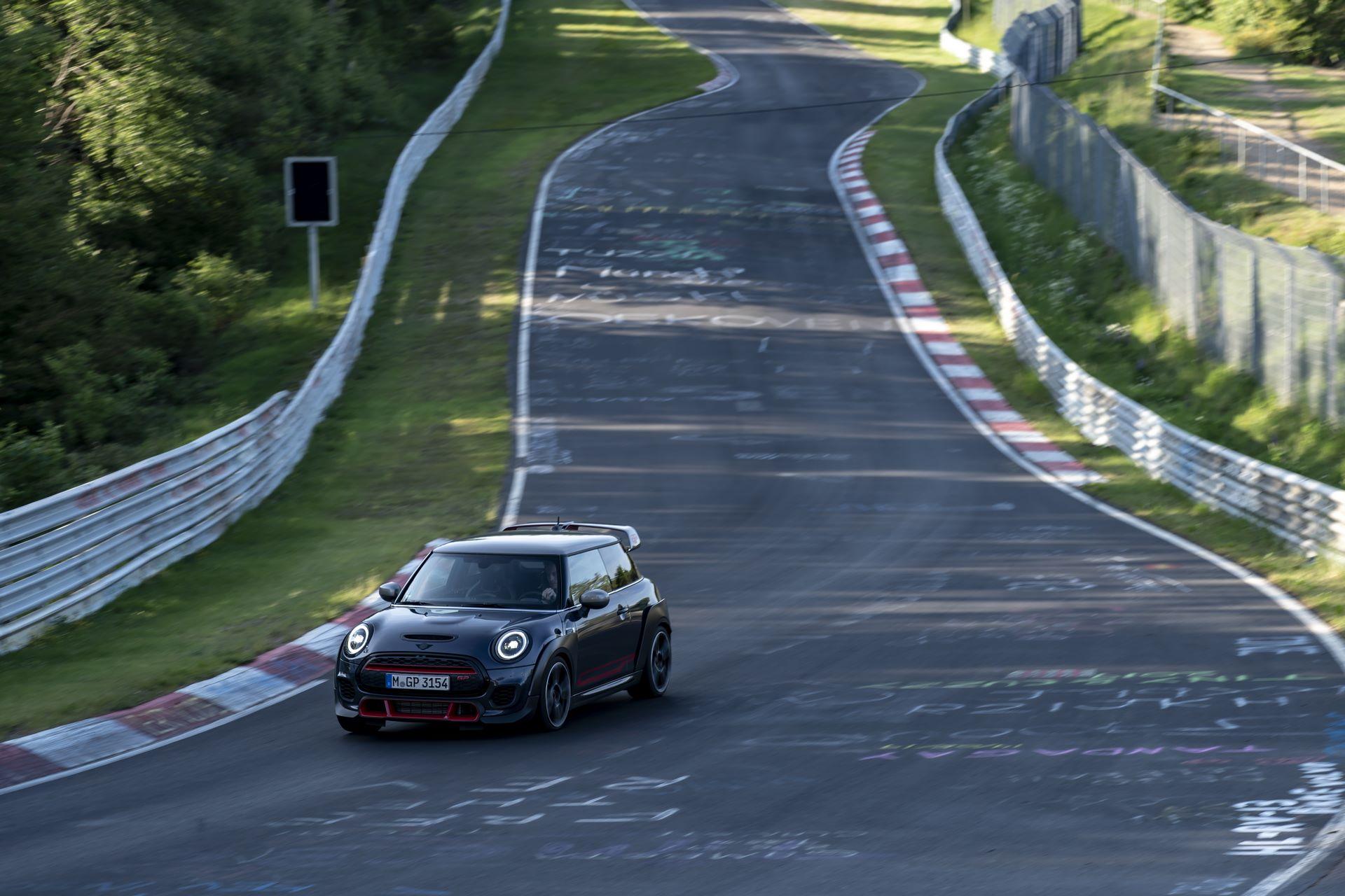 Mini-John-Cooper-Works-GP-Nurburgring-17