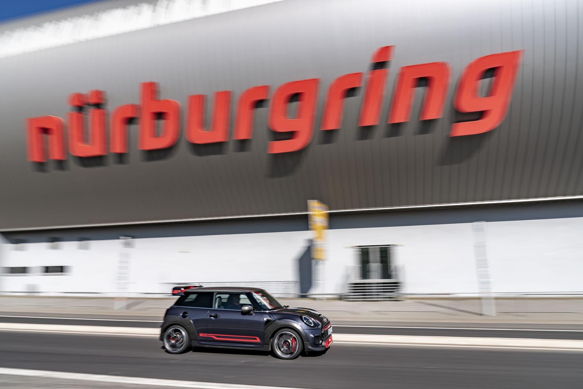 Mini-John-Cooper-Works-GP-Nurburgring-2