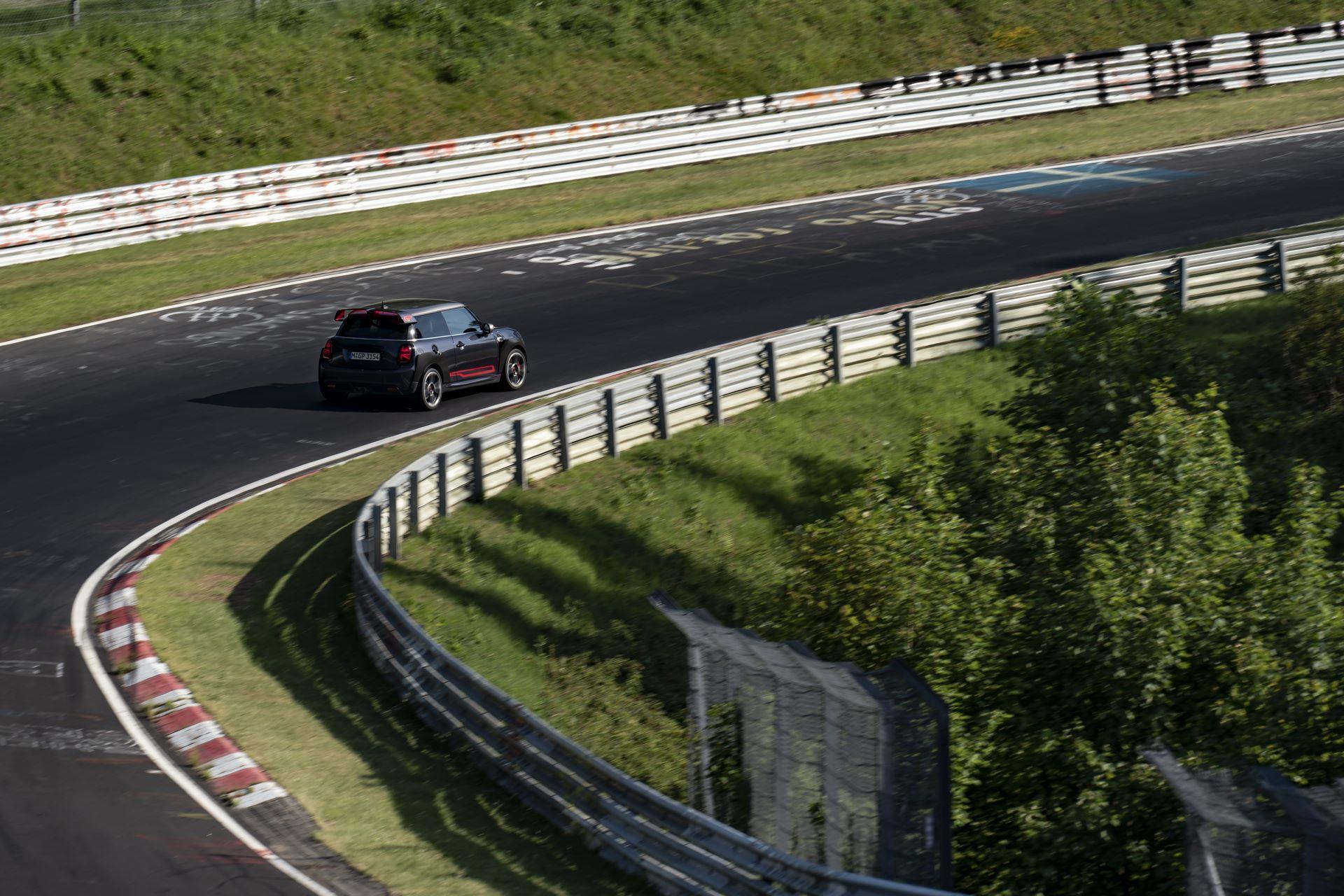 Mini-John-Cooper-Works-GP-Nurburgring-21