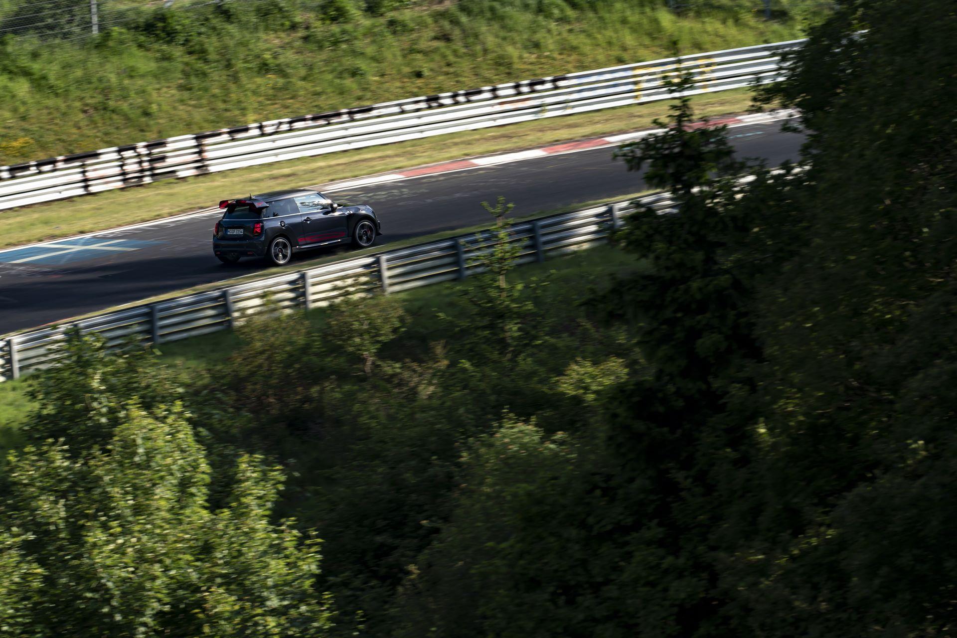 Mini-John-Cooper-Works-GP-Nurburgring-22