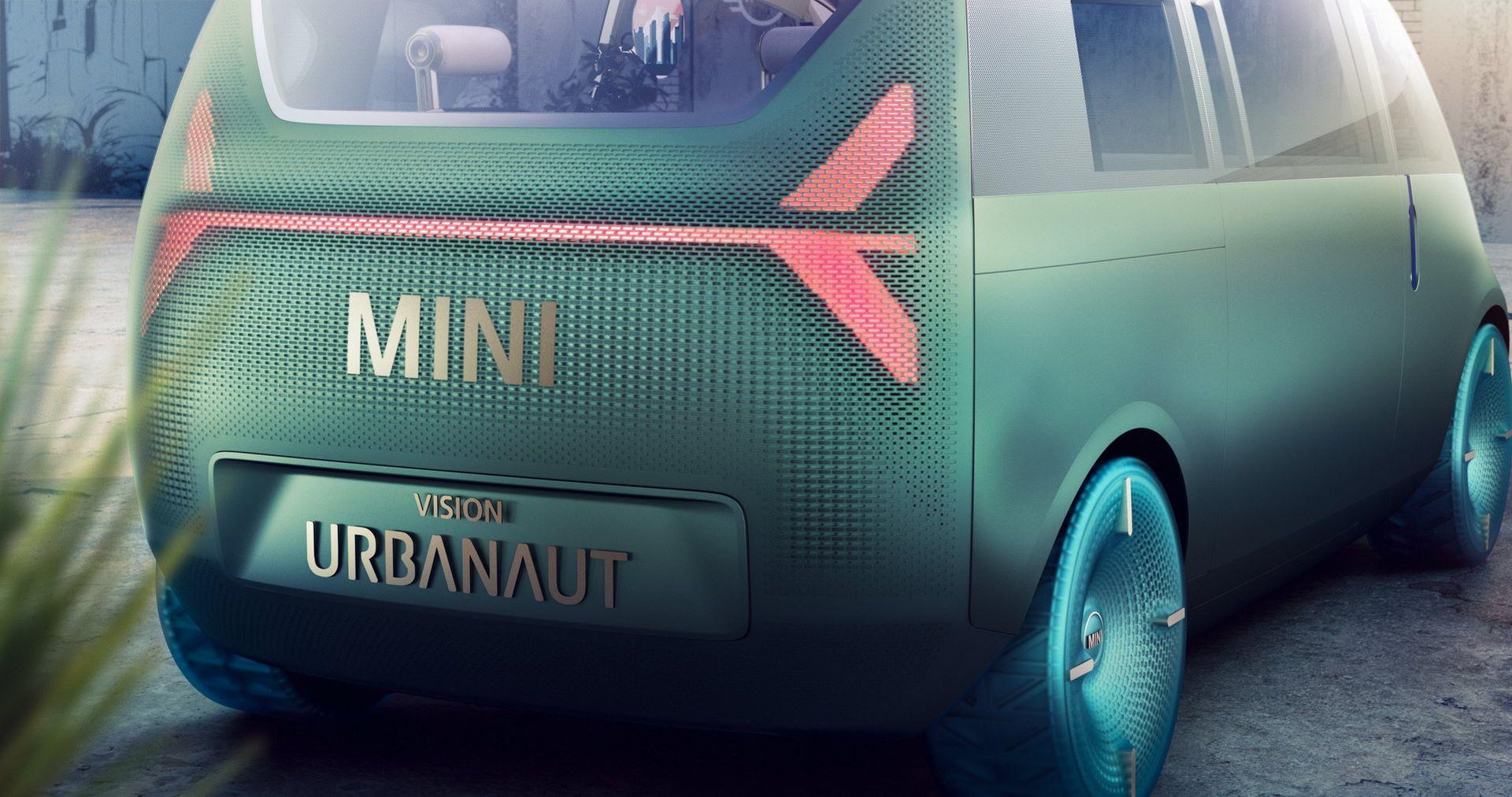 MINI-Vision-Urbanaut-10
