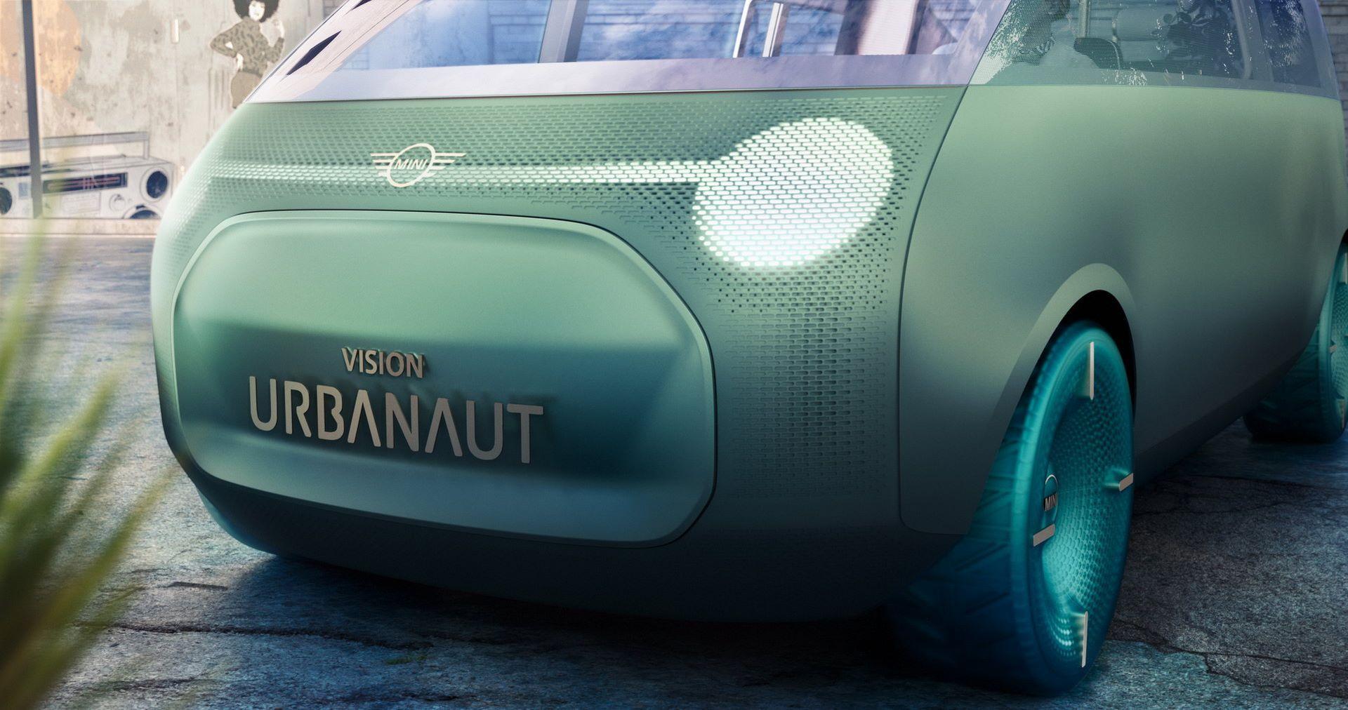 MINI-Vision-Urbanaut-9