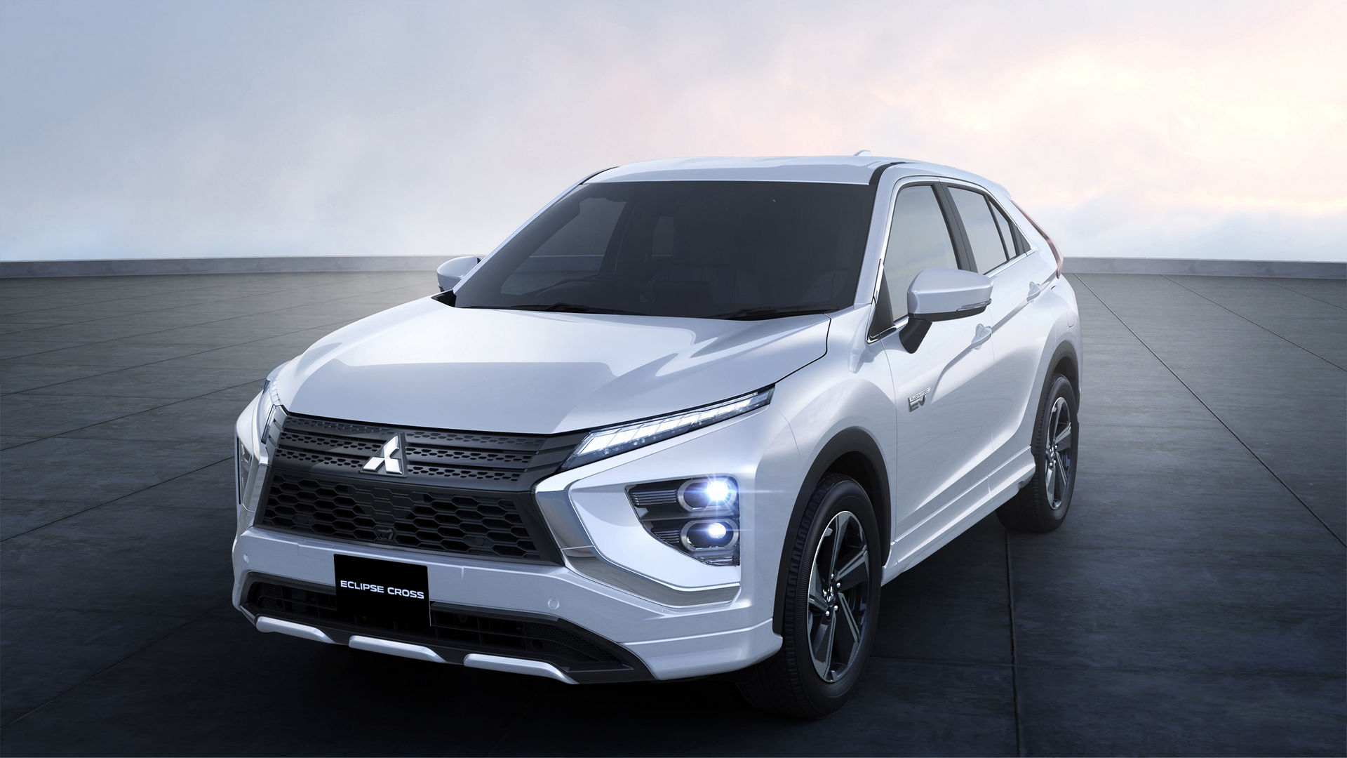 Mitsubishi-Eclipse-Cross-Facelift-5-4