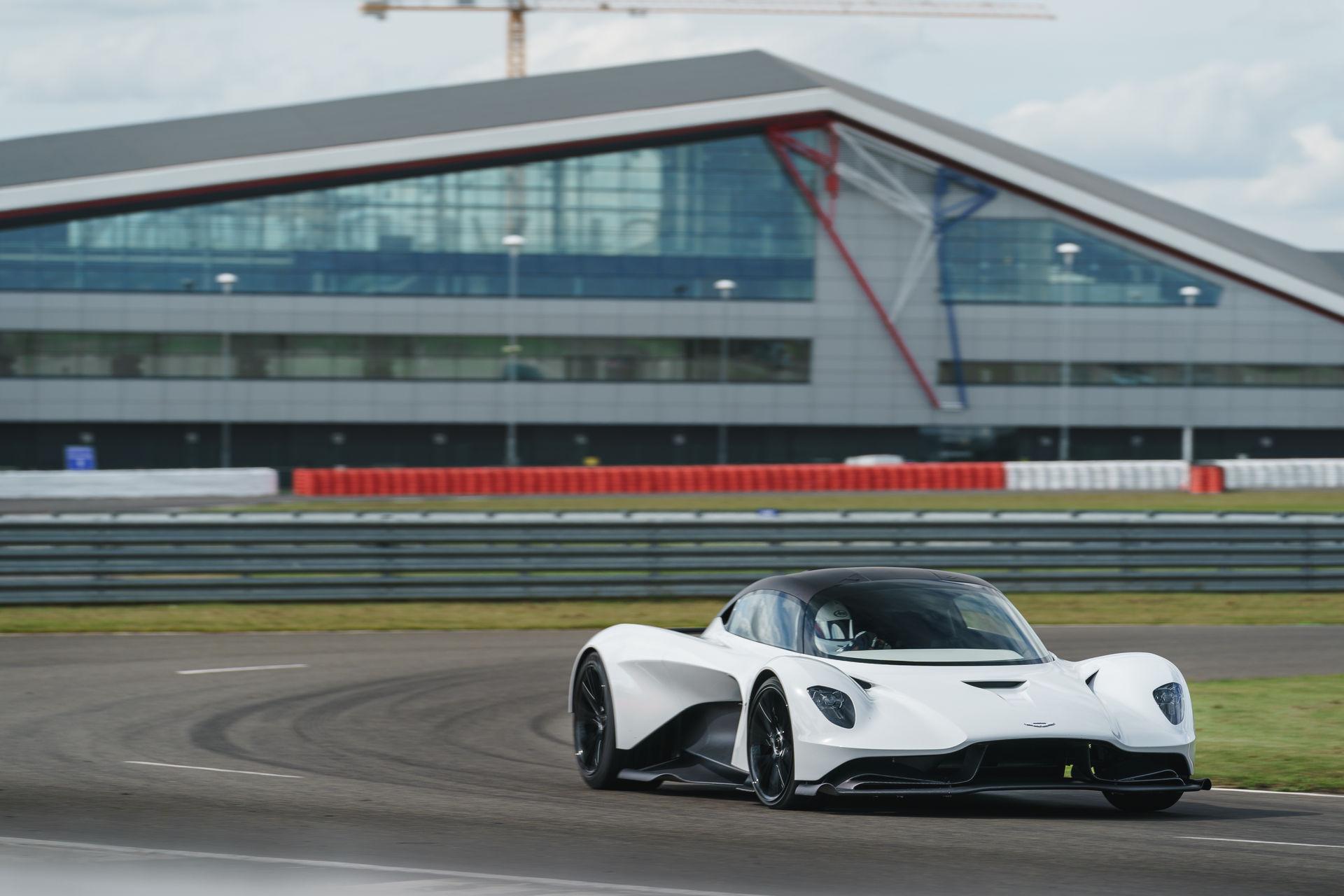 Aston-Martin-Valhalla-V6-Engine-12