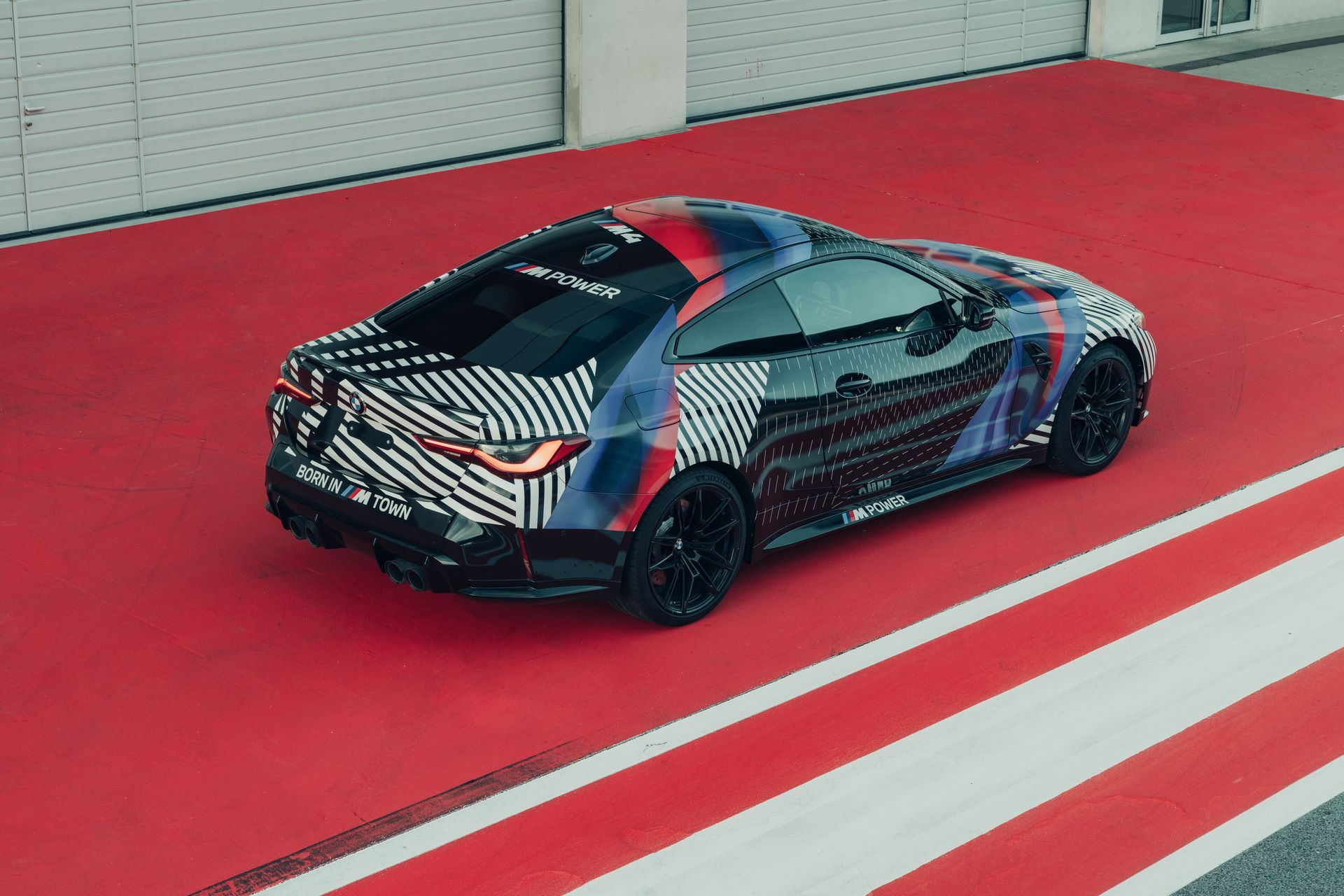New-BMW-M4-Coupe-and-BMW-M4-GT3-prototypes-10