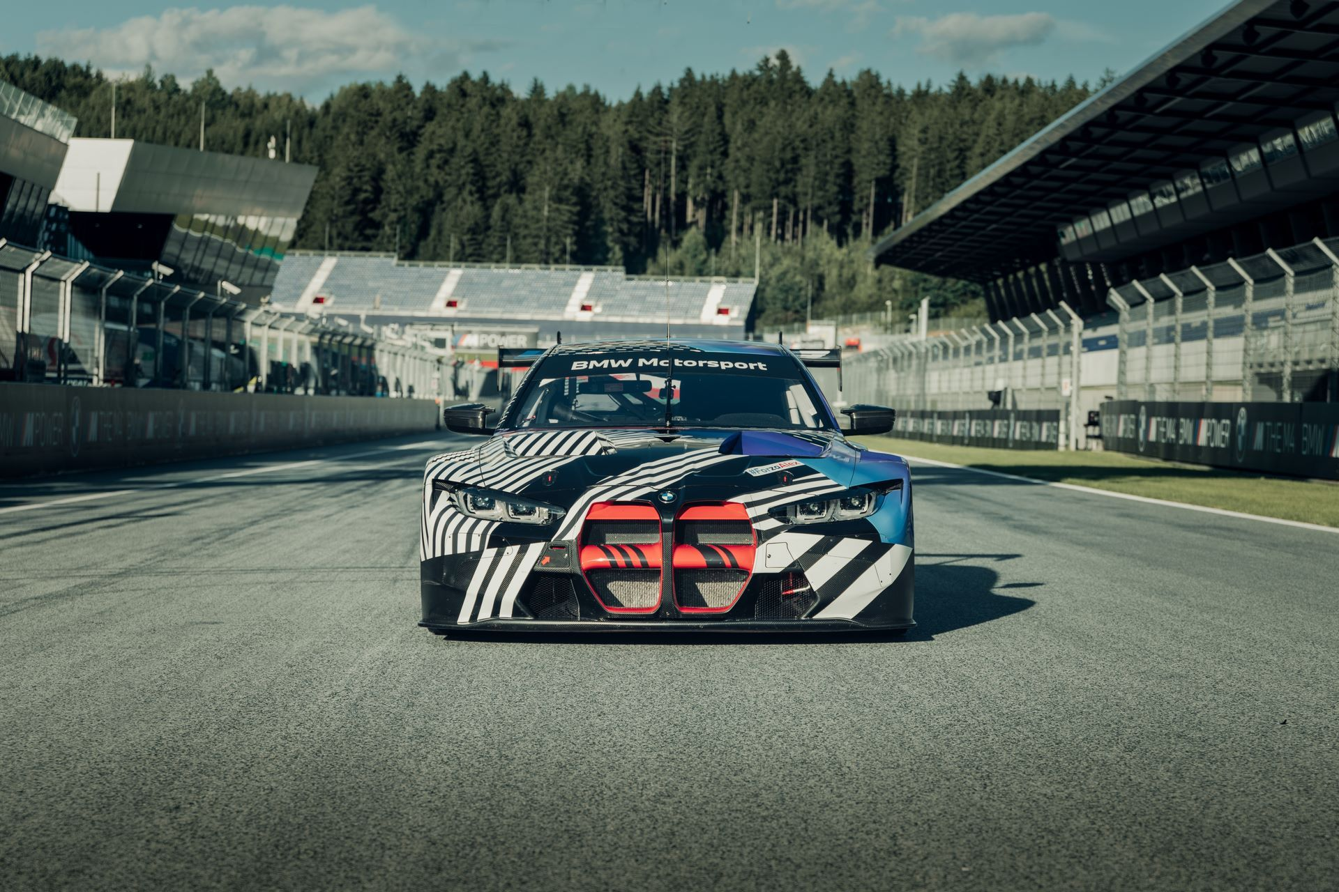 New-BMW-M4-Coupe-and-BMW-M4-GT3-prototypes-14