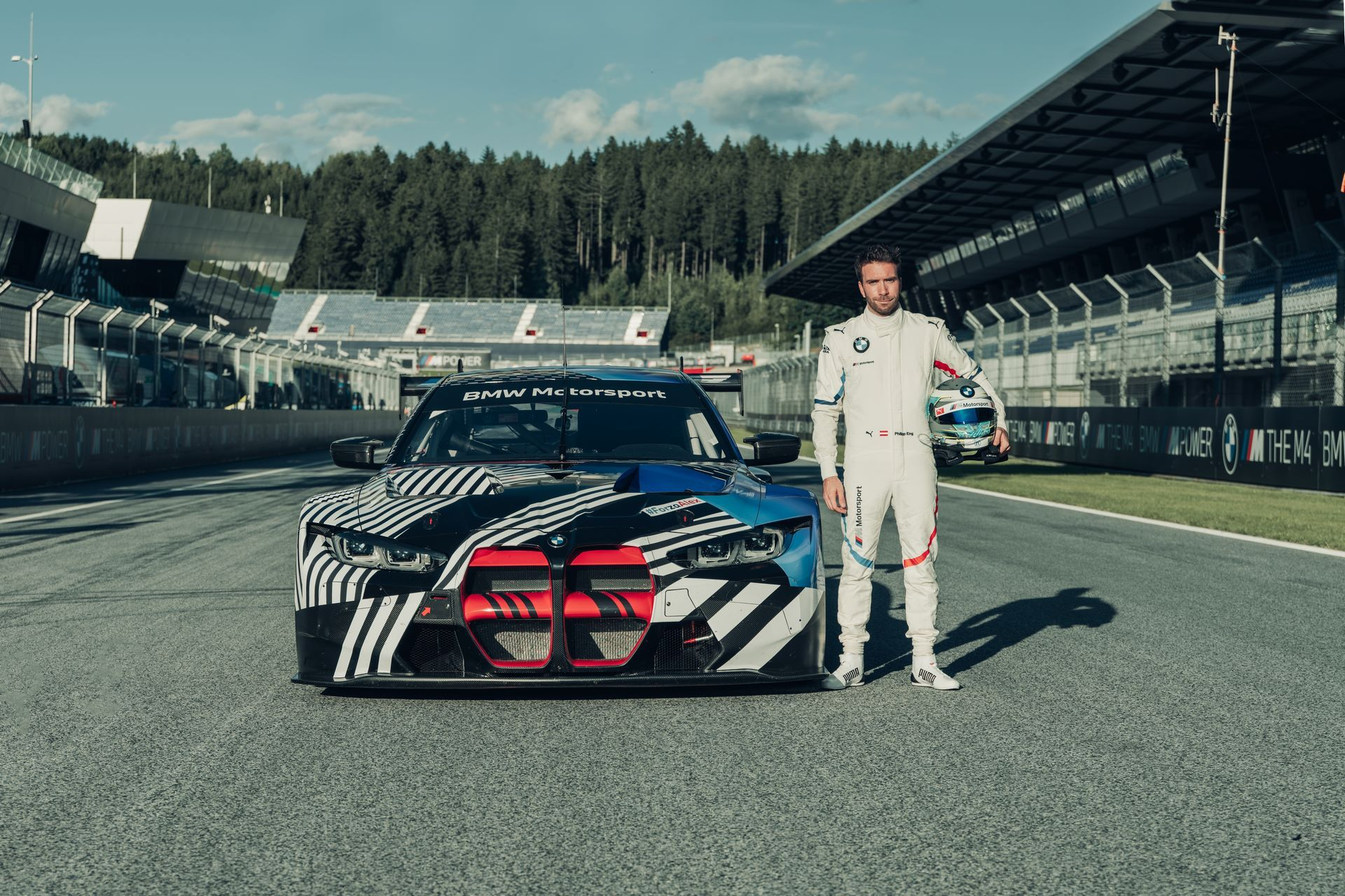 New-BMW-M4-Coupe-and-BMW-M4-GT3-prototypes-18
