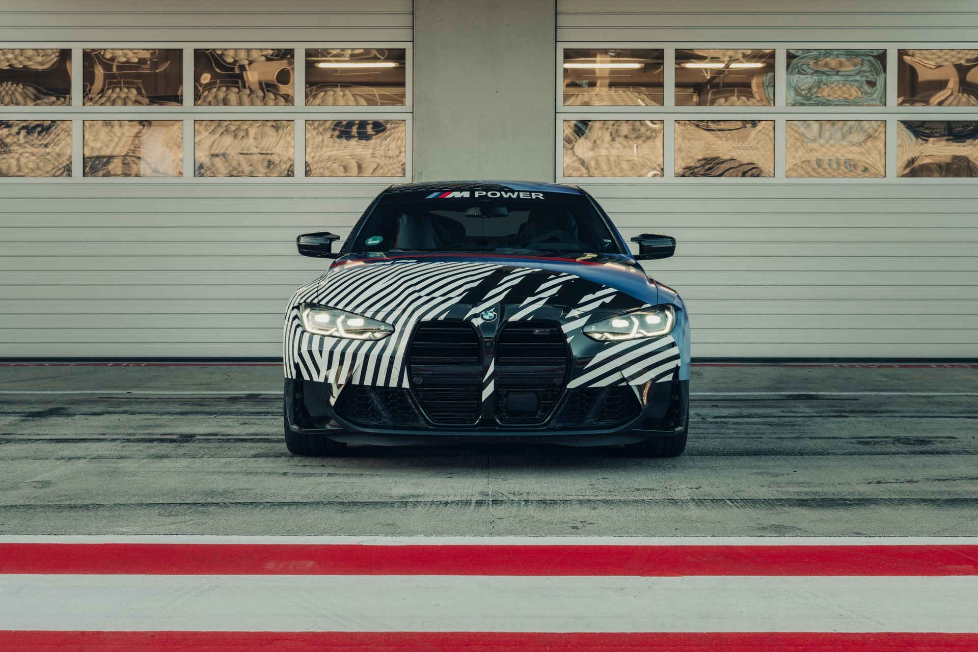 New-BMW-M4-Coupe-and-BMW-M4-GT3-prototypes-8
