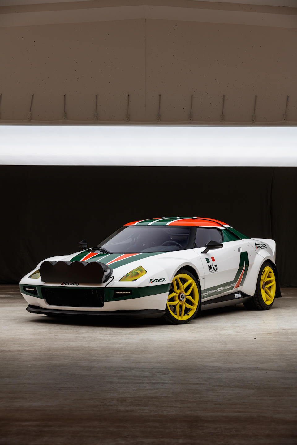 New-Stratos-auction-19