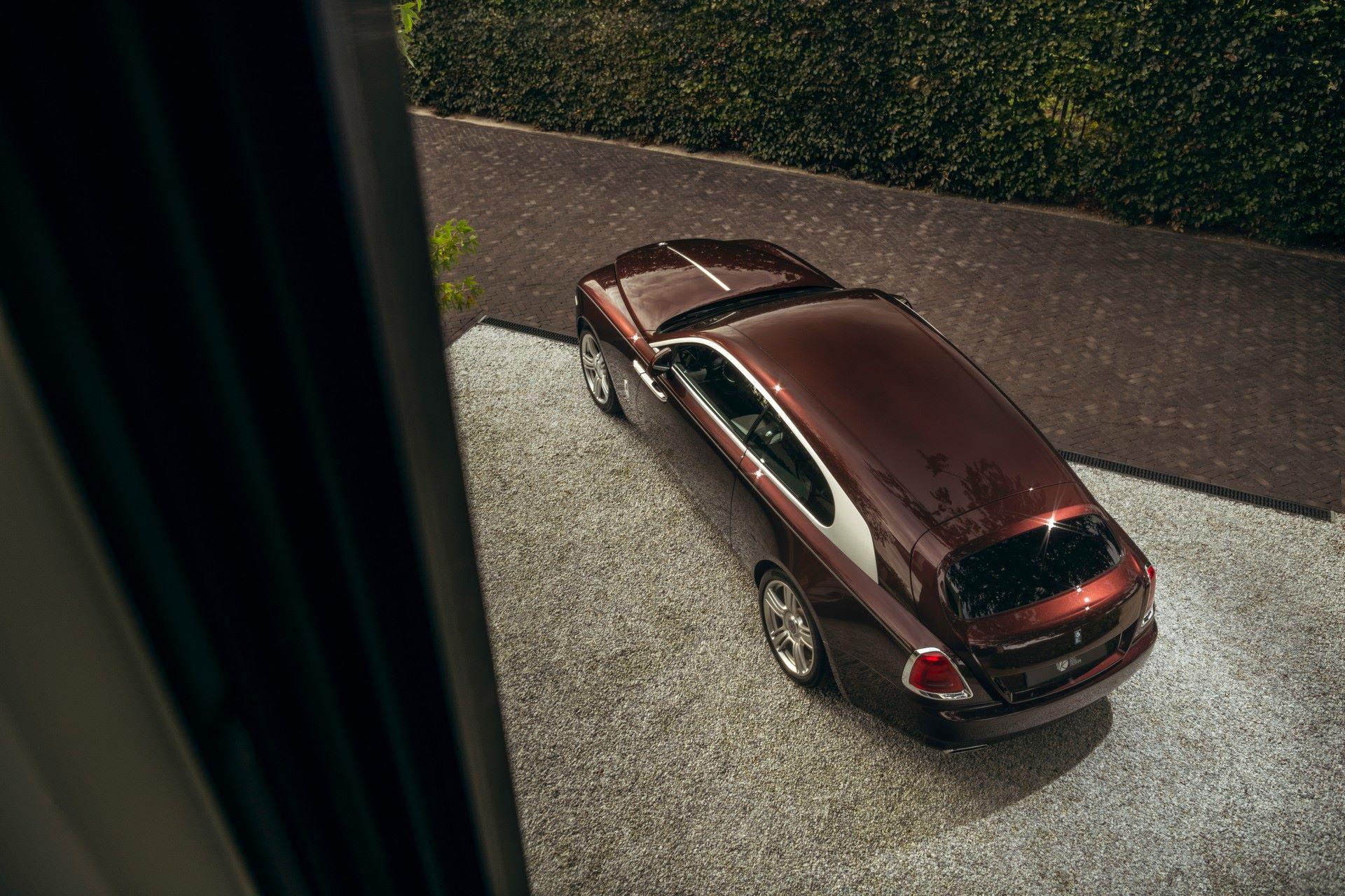 Rolls-Royce-Silver-Spectre-Shooting-Brake-19
