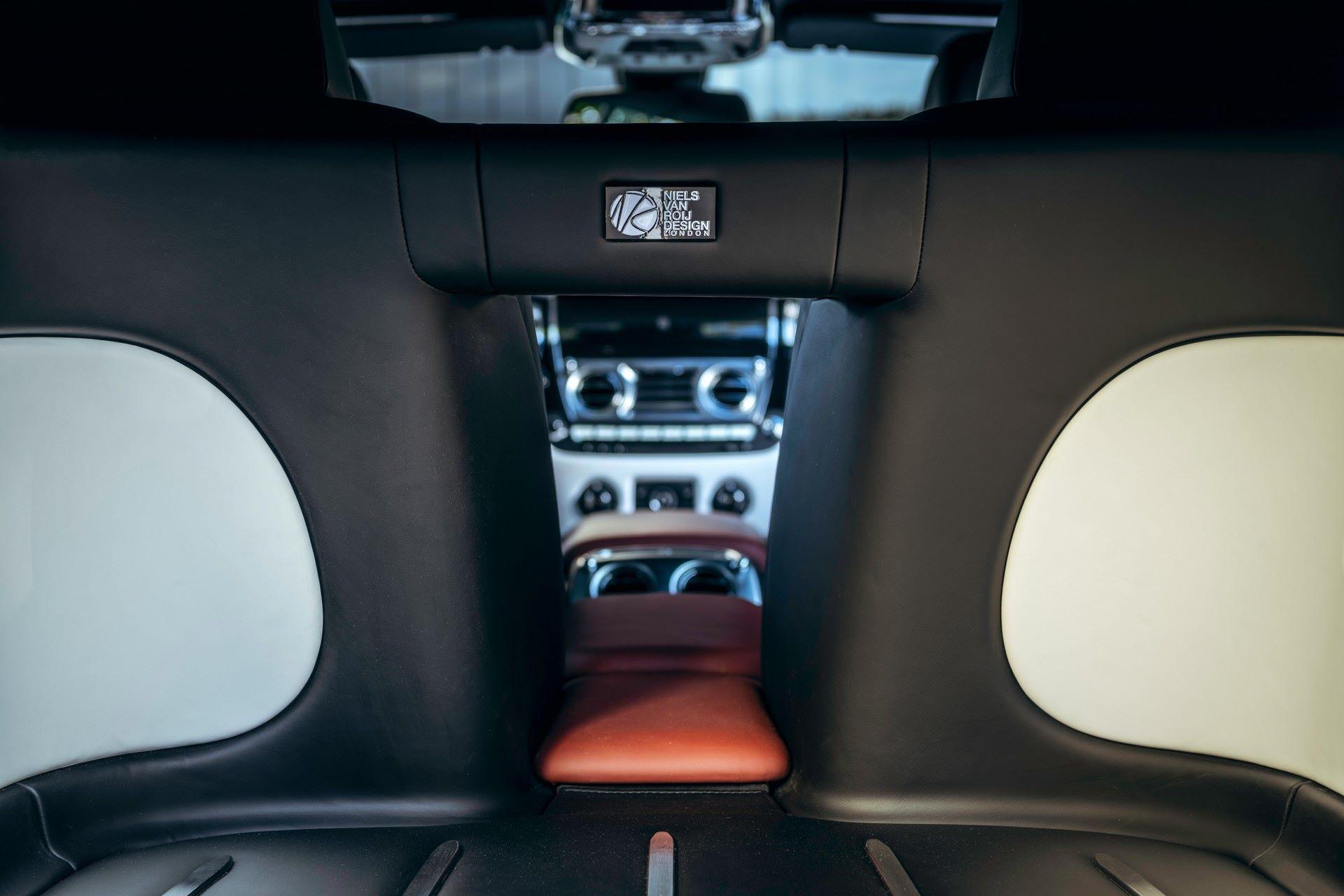 Rolls-Royce-Silver-Spectre-Shooting-Brake-3