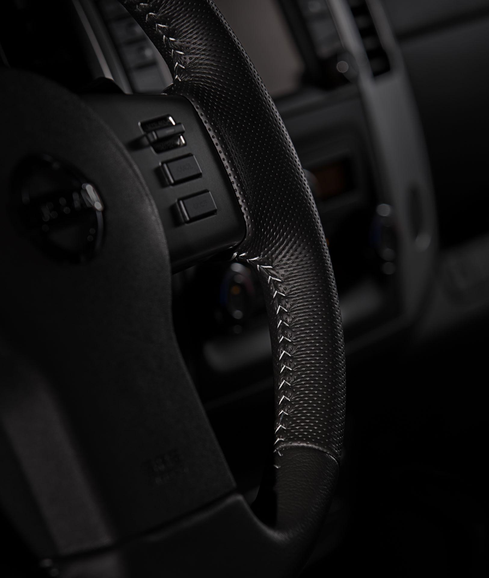 2020-Nissan-Frontier_-19