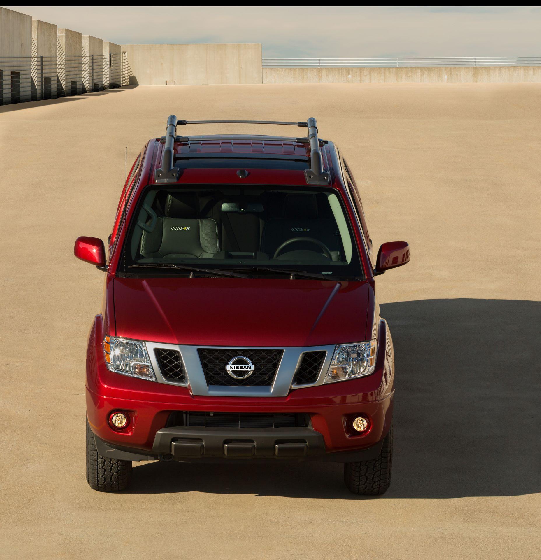 2020-Nissan-Frontier_-7