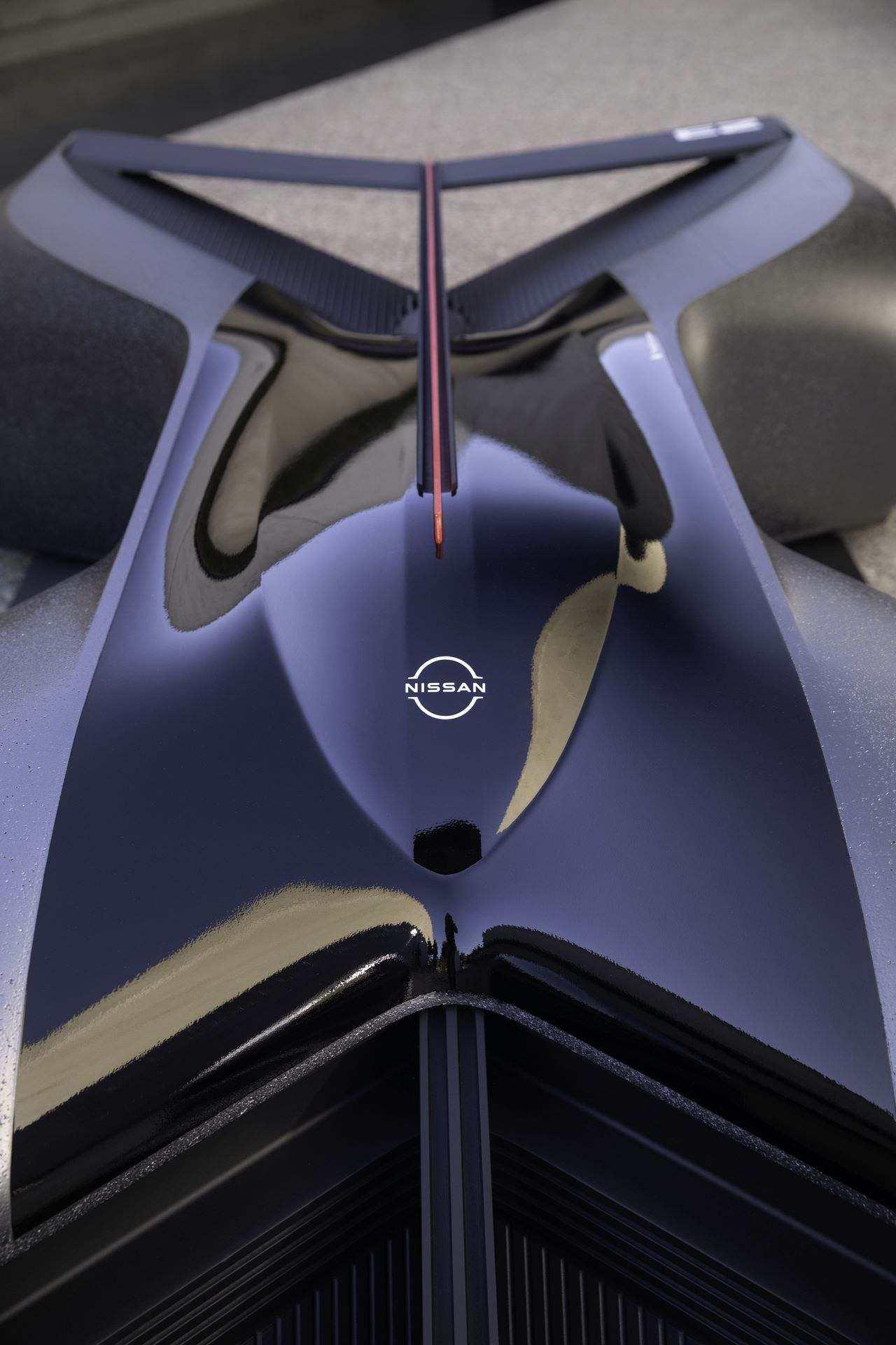 Nissan-GT-R-X-2050-Concept-10