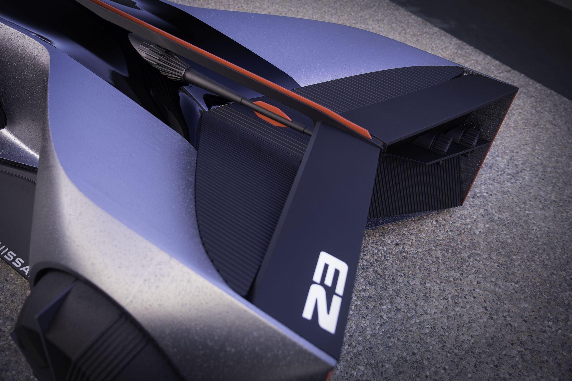 Nissan-GT-R-X-2050-Concept-14