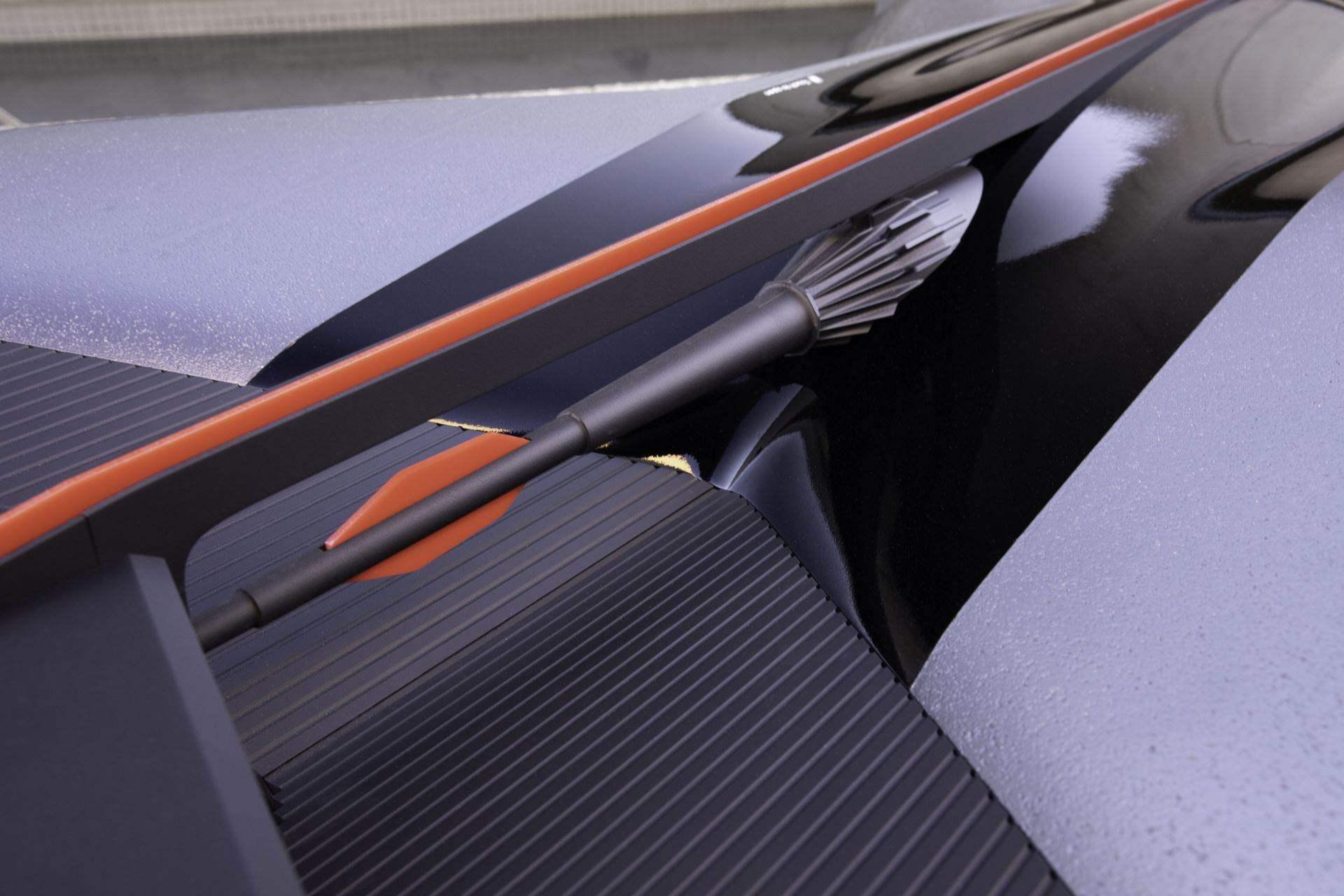 Nissan-GT-R-X-2050-Concept-18