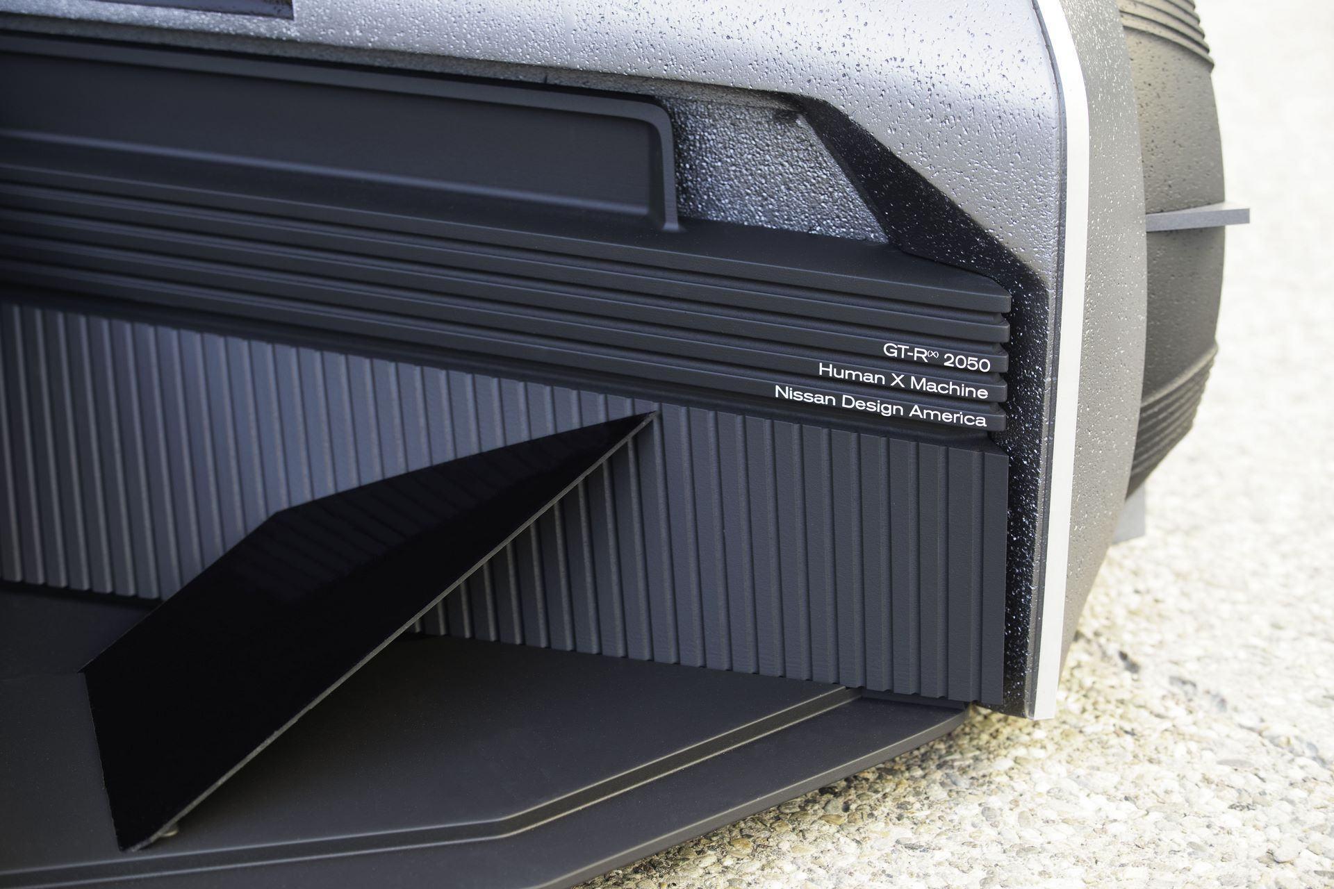 Nissan-GT-R-X-2050-Concept-19