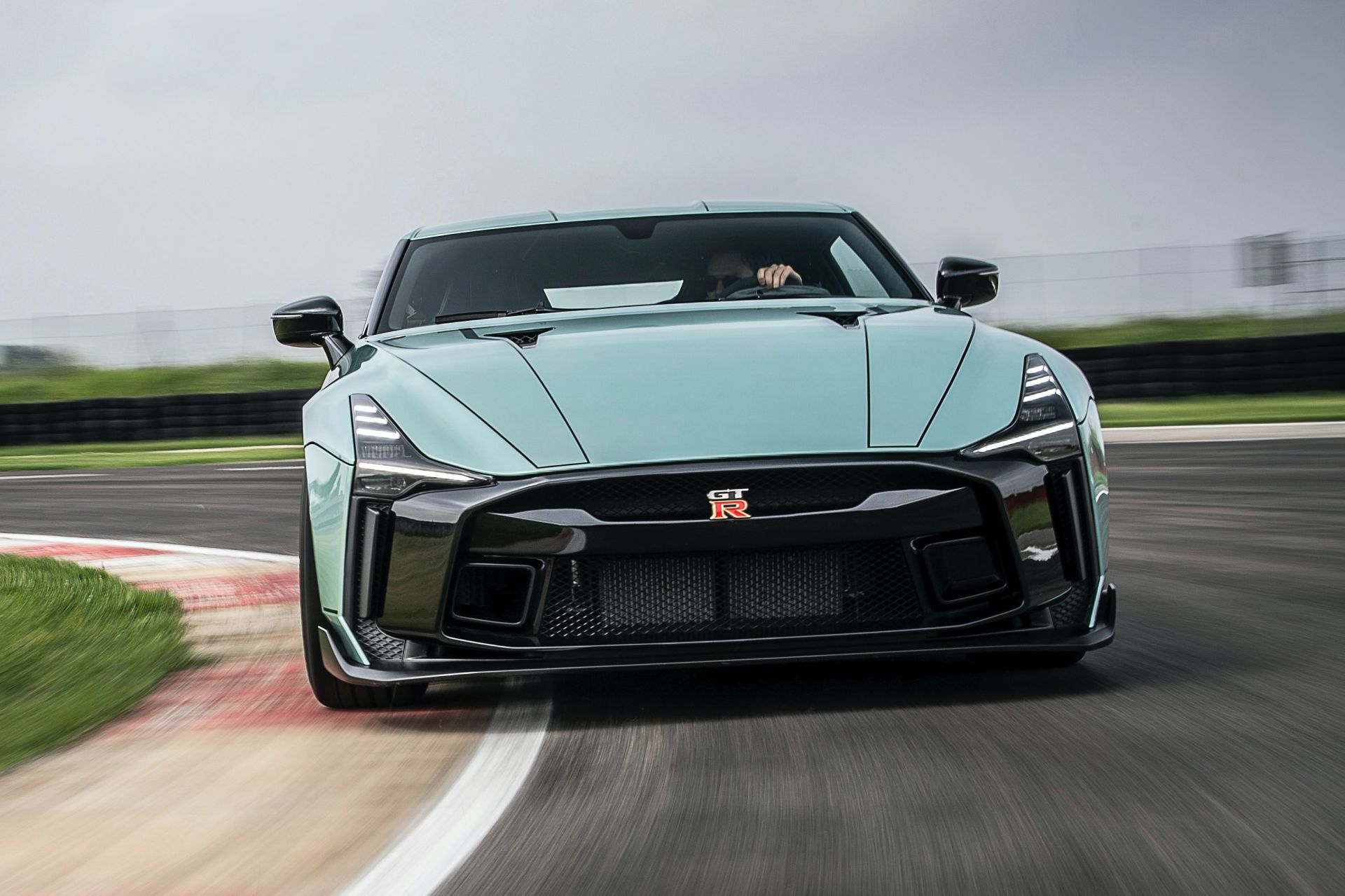 2021-Nissan-GT-50-by-Italdesign-4