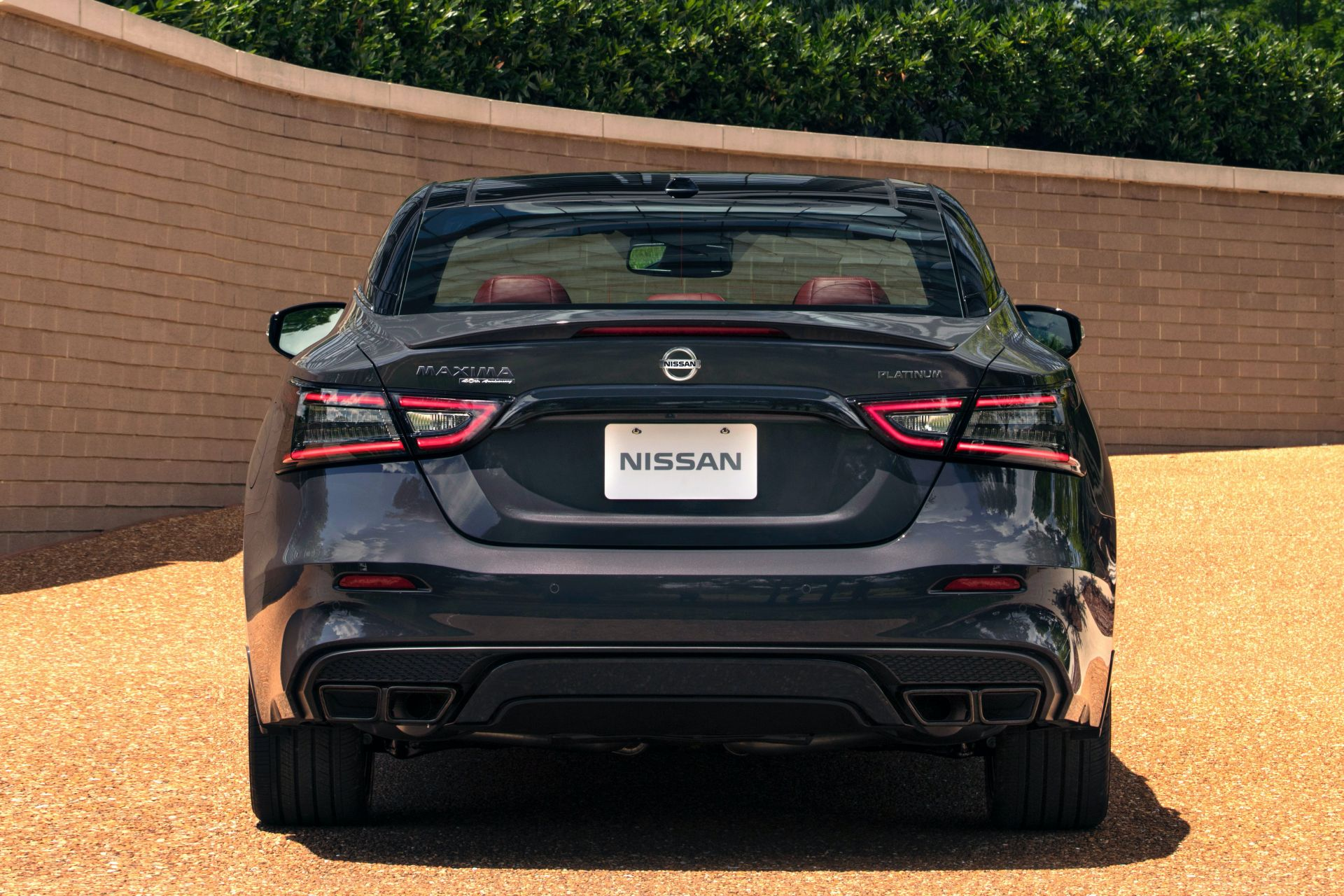 Nissan-Maxima-40th-Anniversary-Edition-12