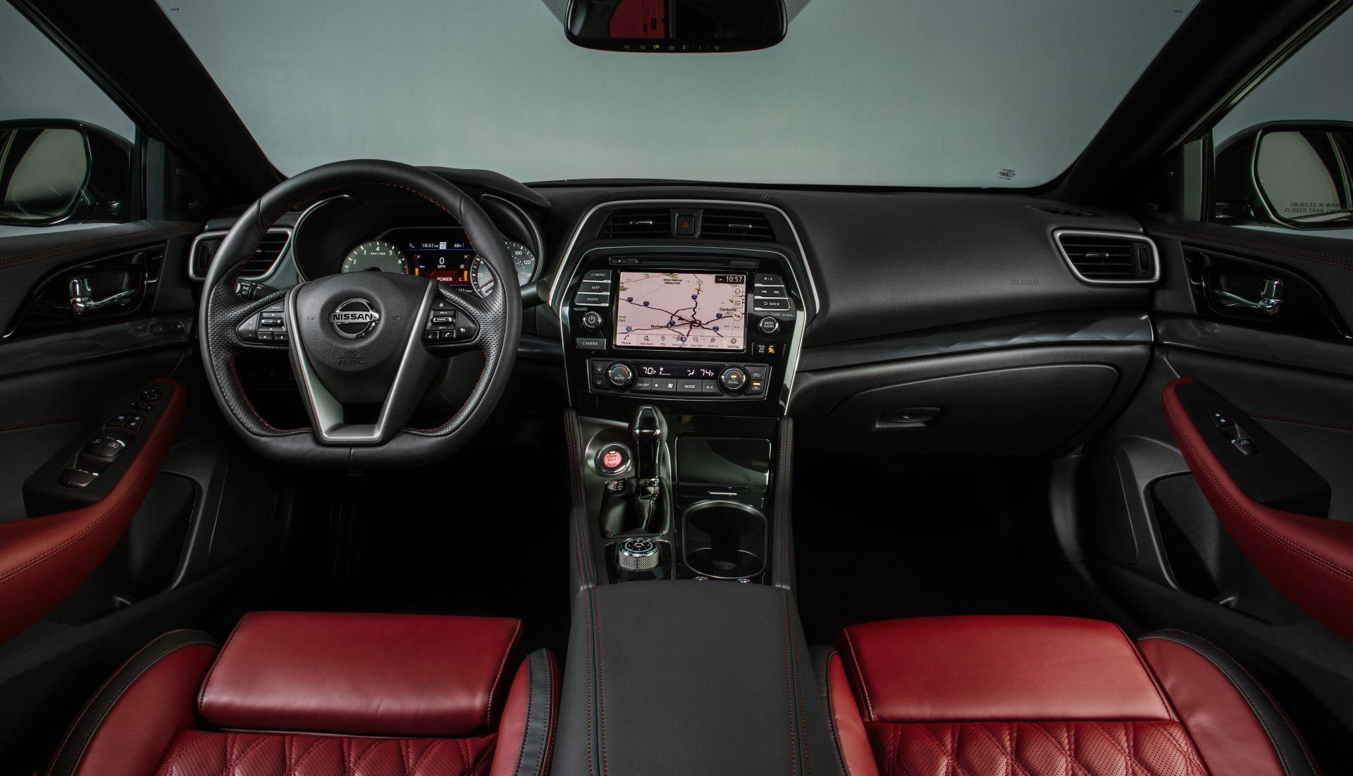 Nissan-Maxima-40th-Anniversary-Edition-13