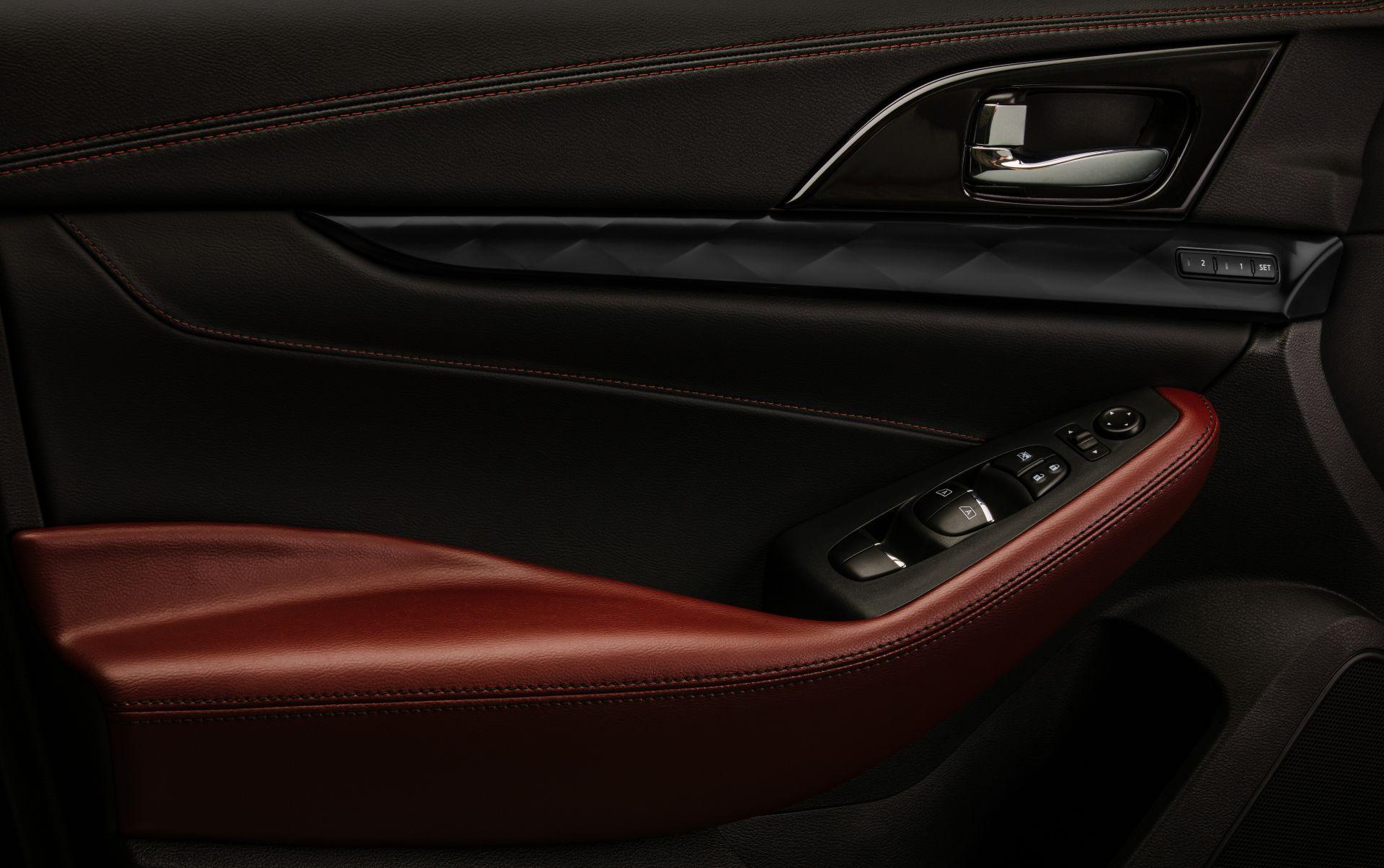 Nissan-Maxima-40th-Anniversary-Edition-17