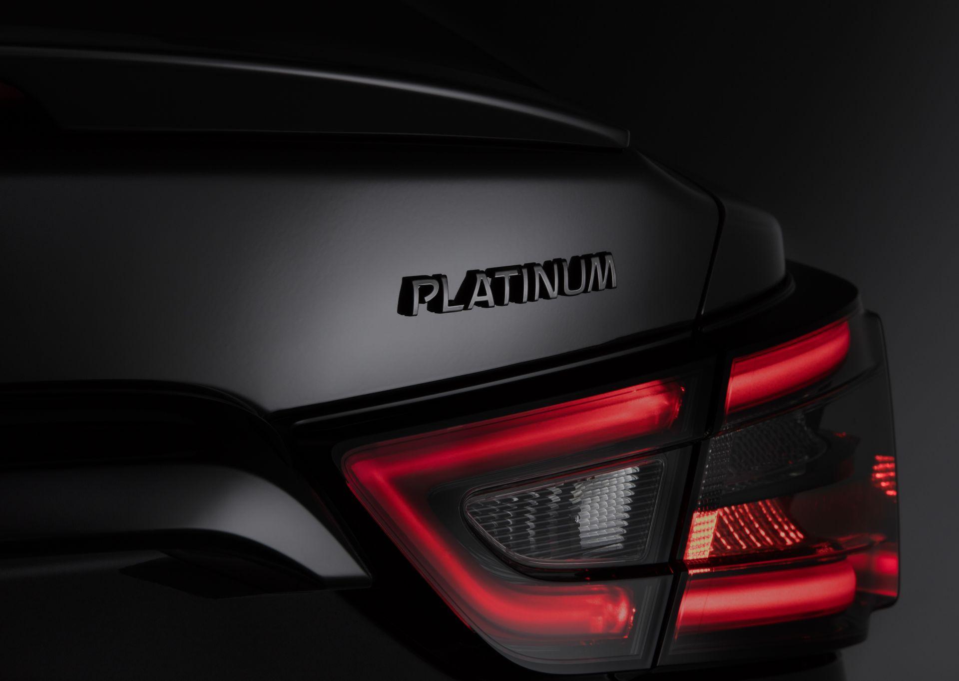 Nissan-Maxima-40th-Anniversary-Edition-22