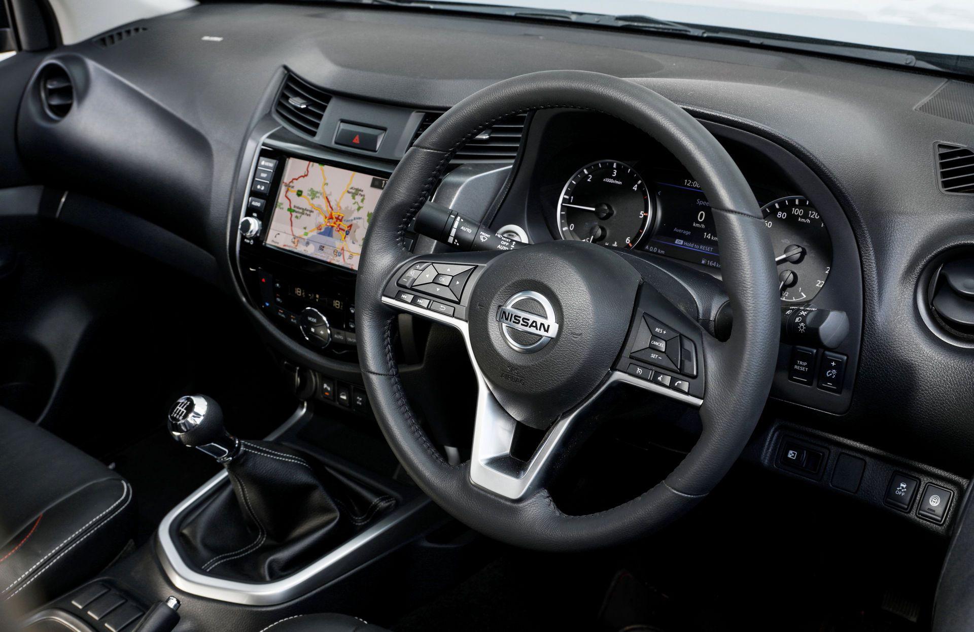 Nissan-Navara-2021-19-3