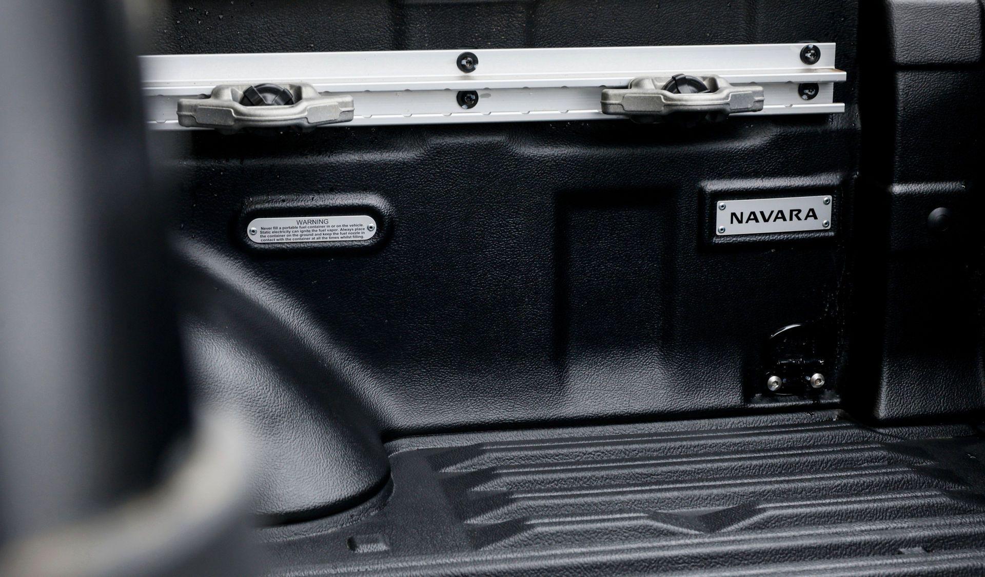 Nissan-Navara-2021-25-2