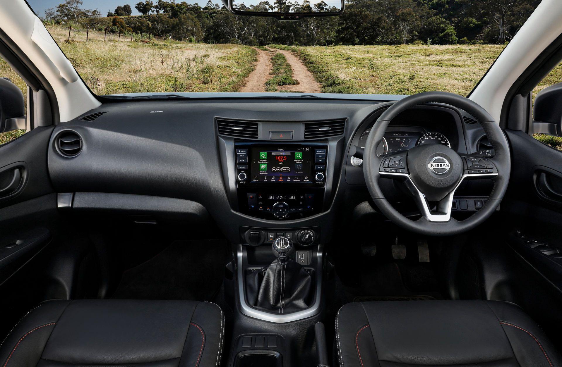 Nissan-Navara-2021-26-2