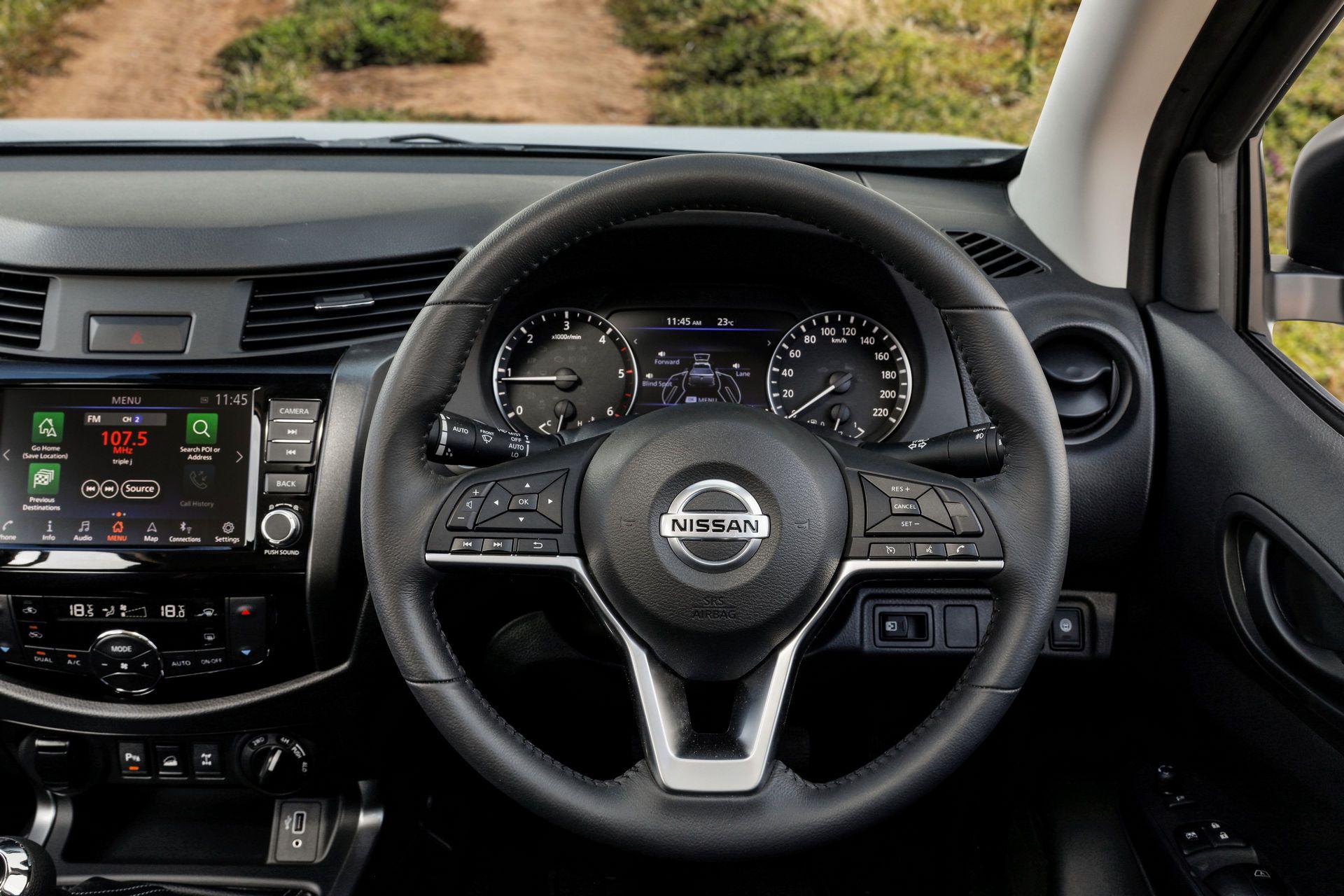 Nissan-Navara-2021-27-2