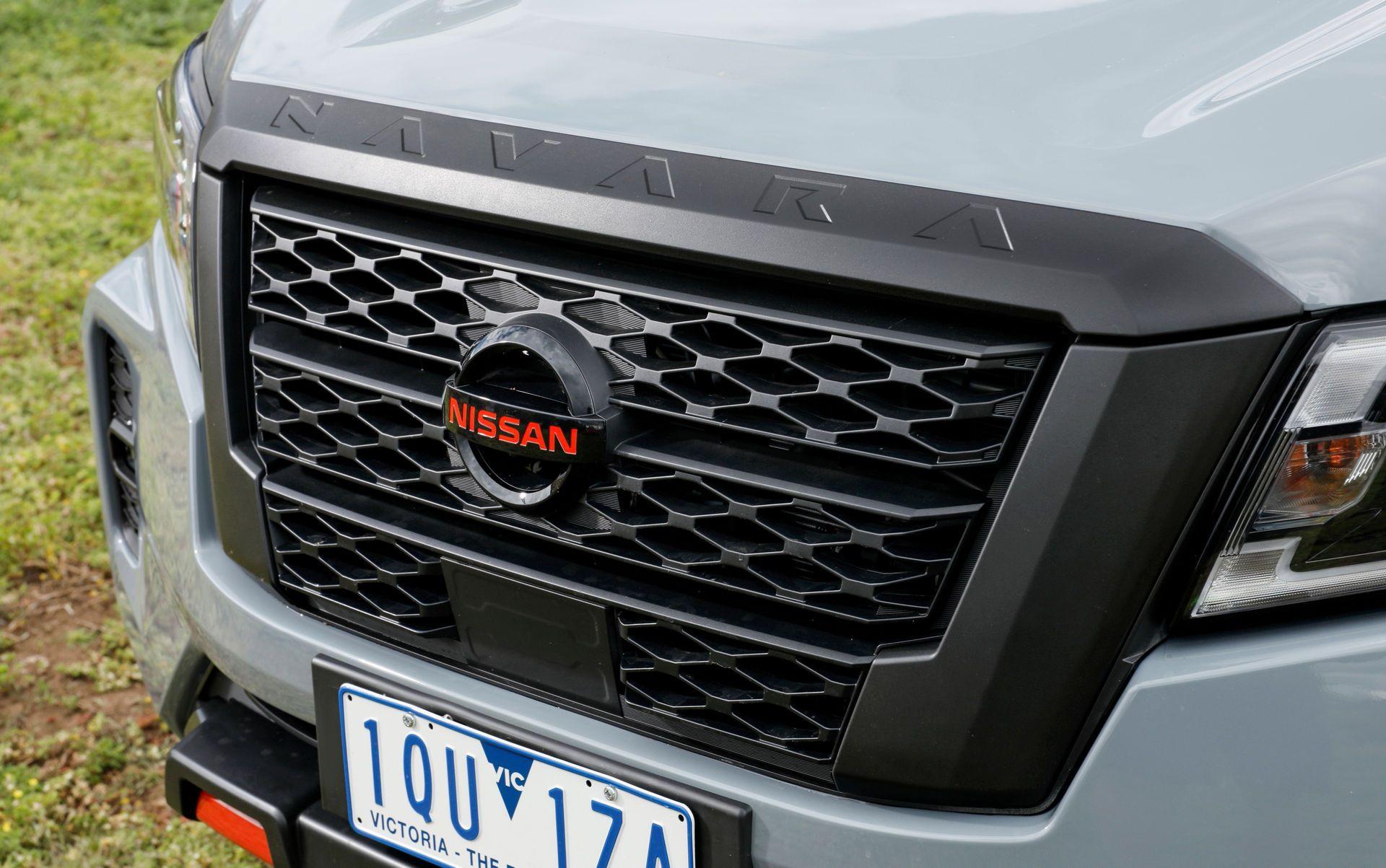 Nissan-Navara-2021-36-2