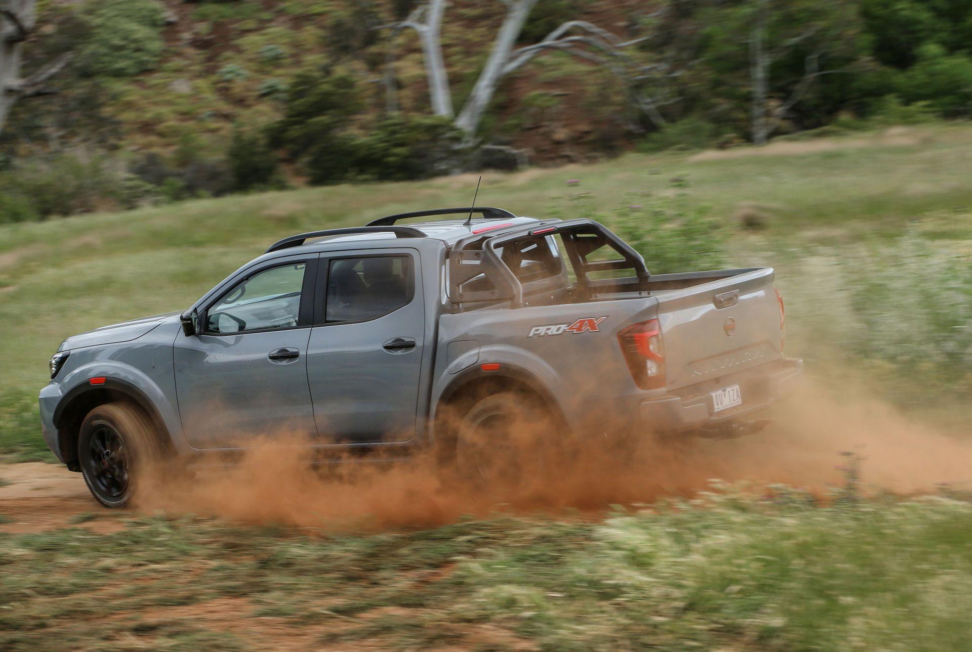Nissan-Navara-2021-39