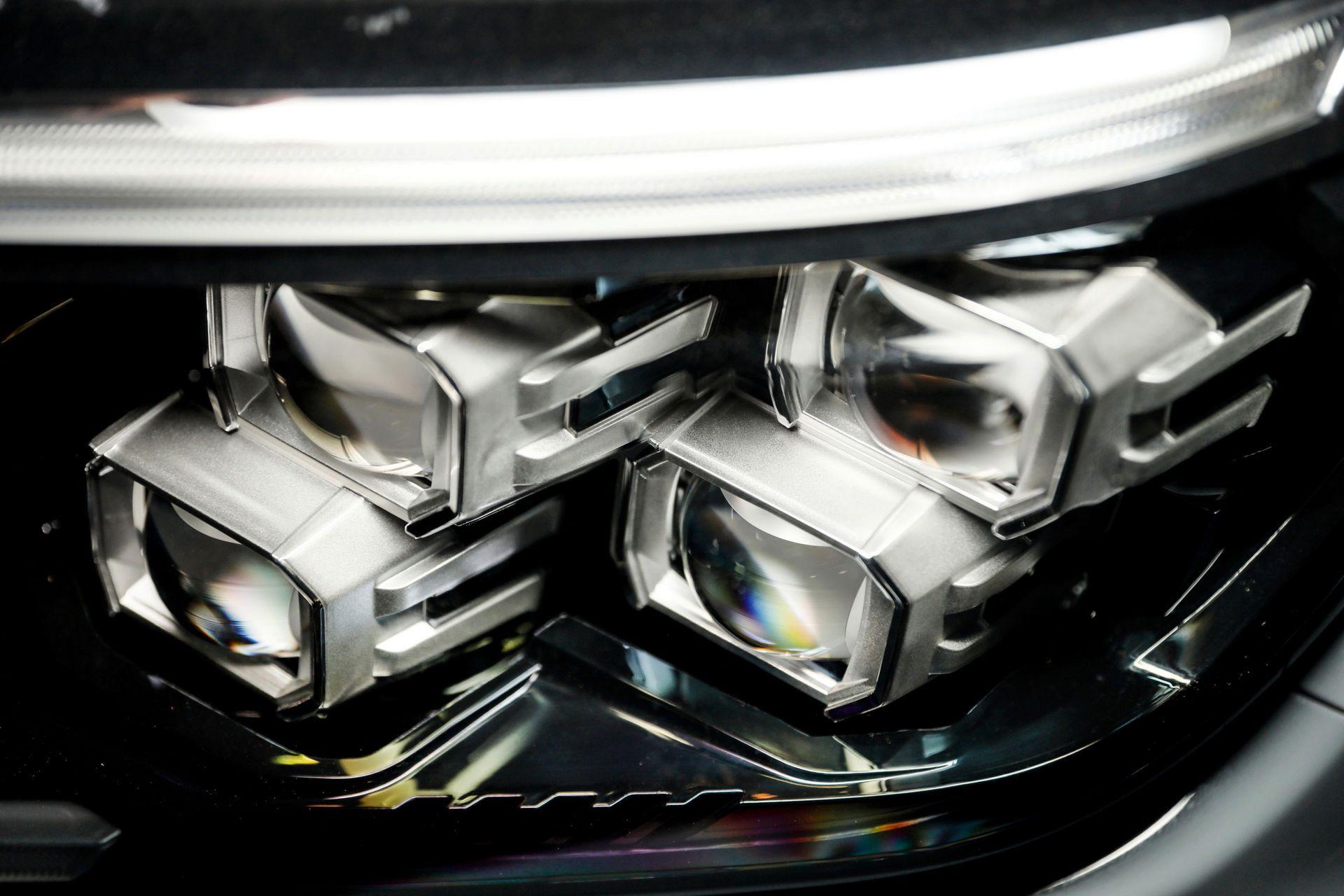 Nissan-Navara-2021-5-4