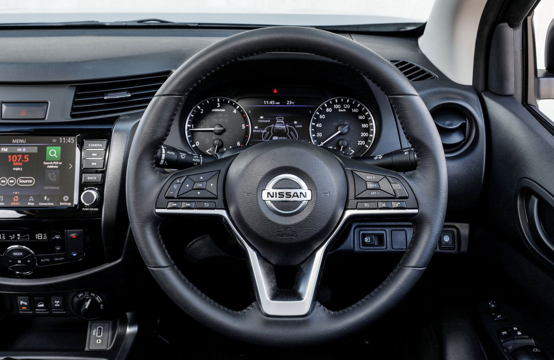 Nissan-Navara-2021-6-4