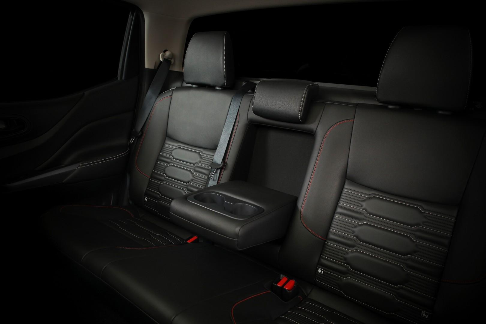 Nissan-Navara-2021-facelift-17